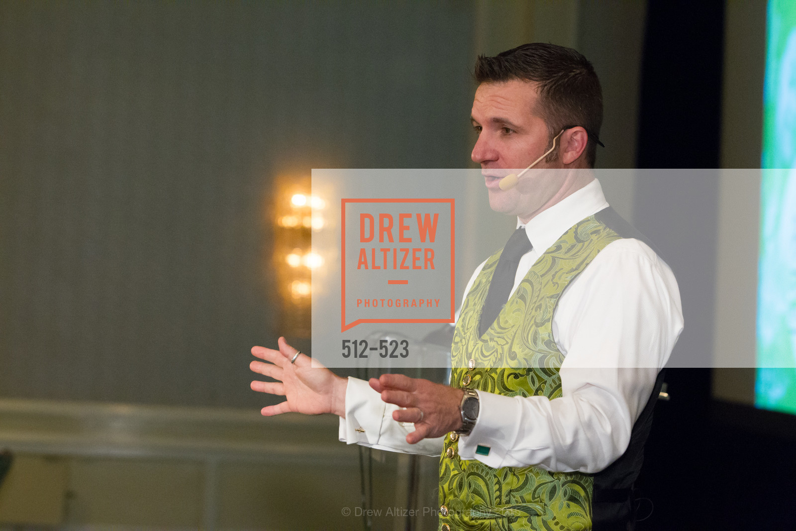 Auction, San Francisco Education Fund's 33rd Annual Back to School Gala, Four Seasons Hotel. 757 Market Street, November 12th, 2015,Drew Altizer, Drew Altizer Photography, full-service event agency, private events, San Francisco photographer, photographer California