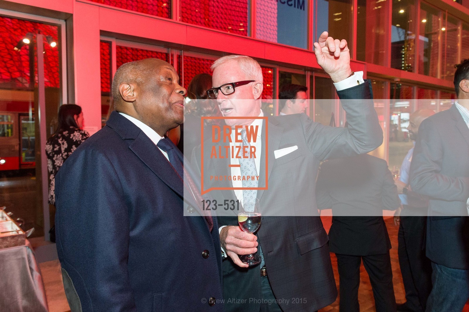 Willie Brown, John Kilroy, Kilroy Unveiling Presents Virtual Depictions: San Francisco by Refik Anadol, 350 Mission Street. 350 Mission Street, November 16th, 2015,Drew Altizer, Drew Altizer Photography, full-service agency, private events, San Francisco photographer, photographer california