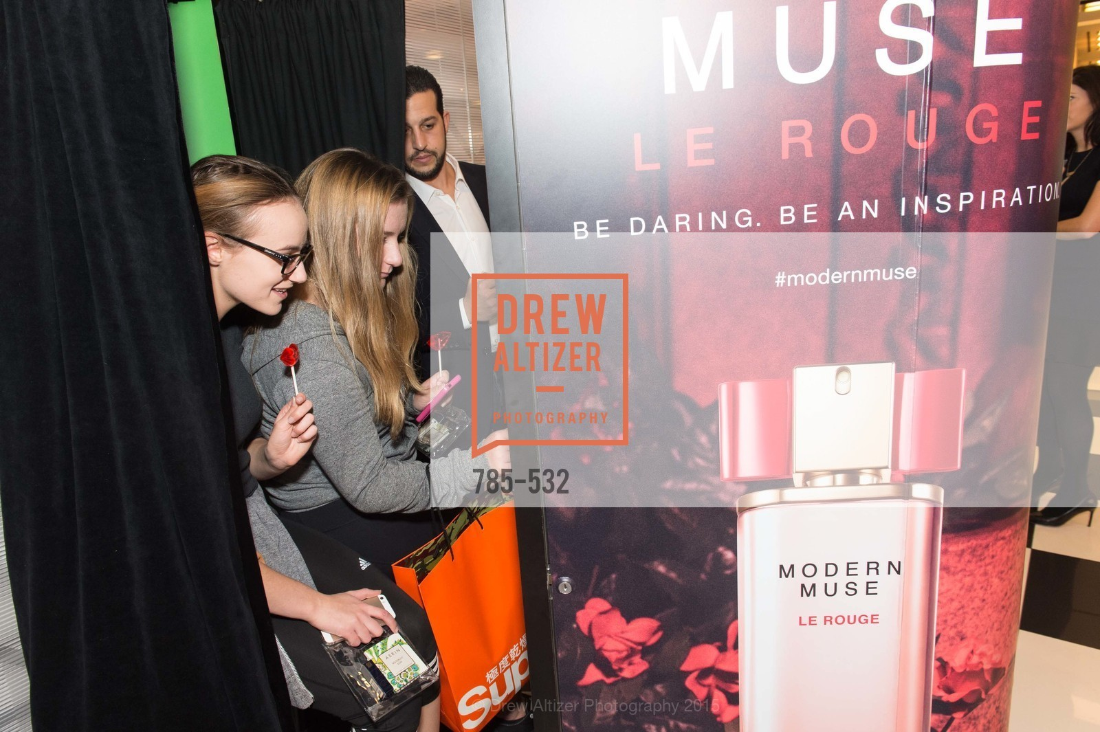 Extras, Modern Muse Le Rouge Fragrance Launch, November 14th, 2015, Photo,Drew Altizer, Drew Altizer Photography, full-service agency, private events, San Francisco photographer, photographer california