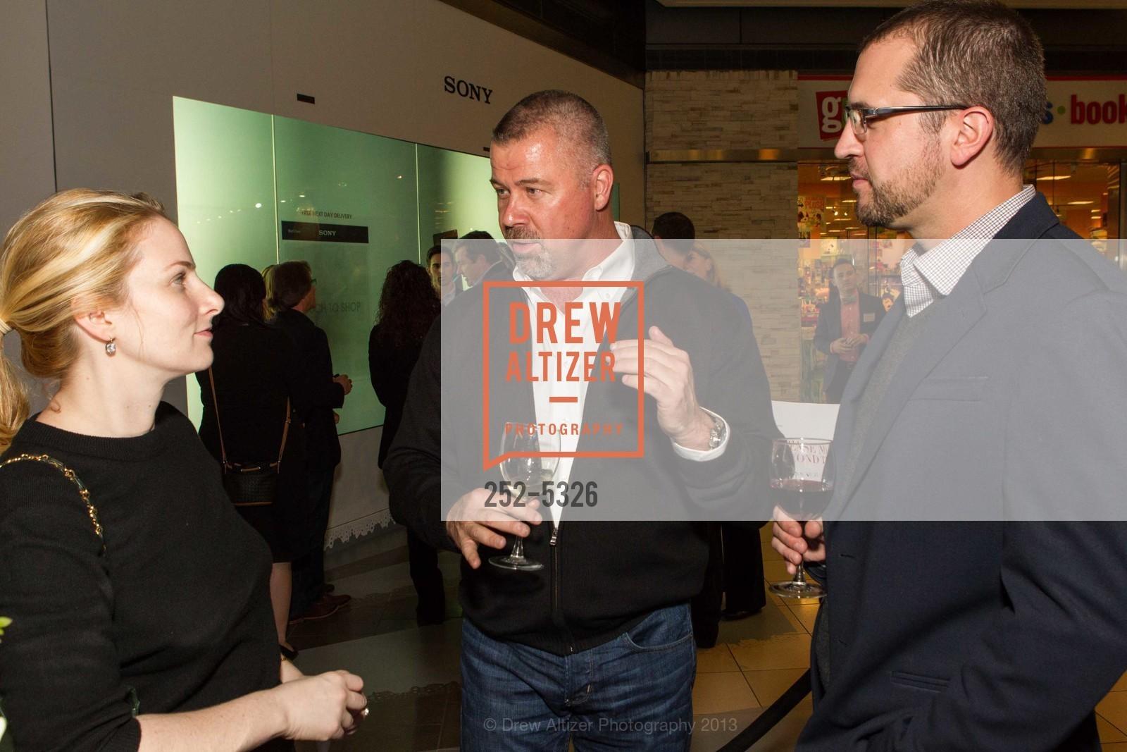 Amanda Miller, Steve Yankovich, Rob Veres, Photo #252-5326