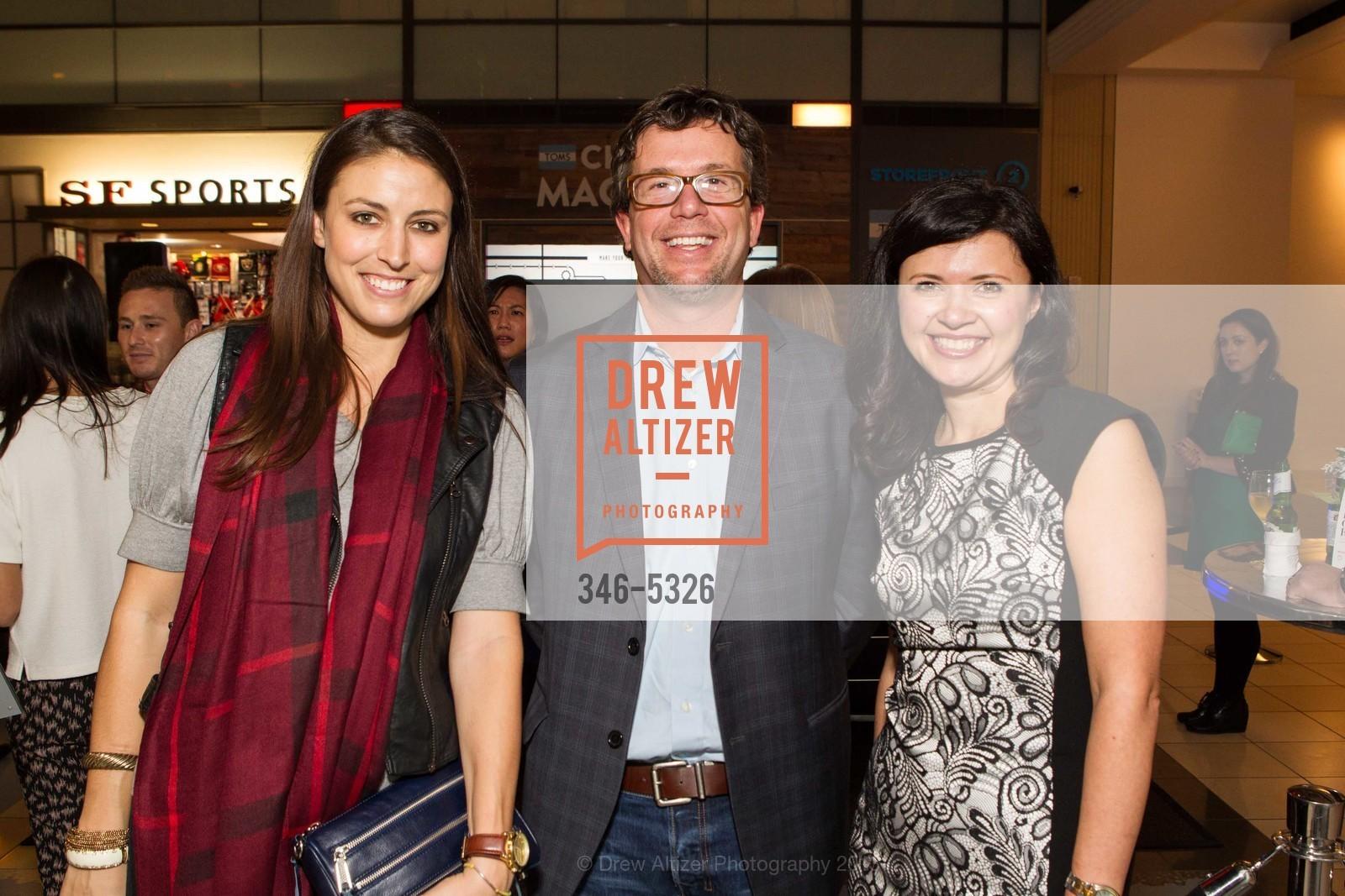 Lindsey Thomas, Kevin McKenzie, Natalia Sandin, Photo #346-5326