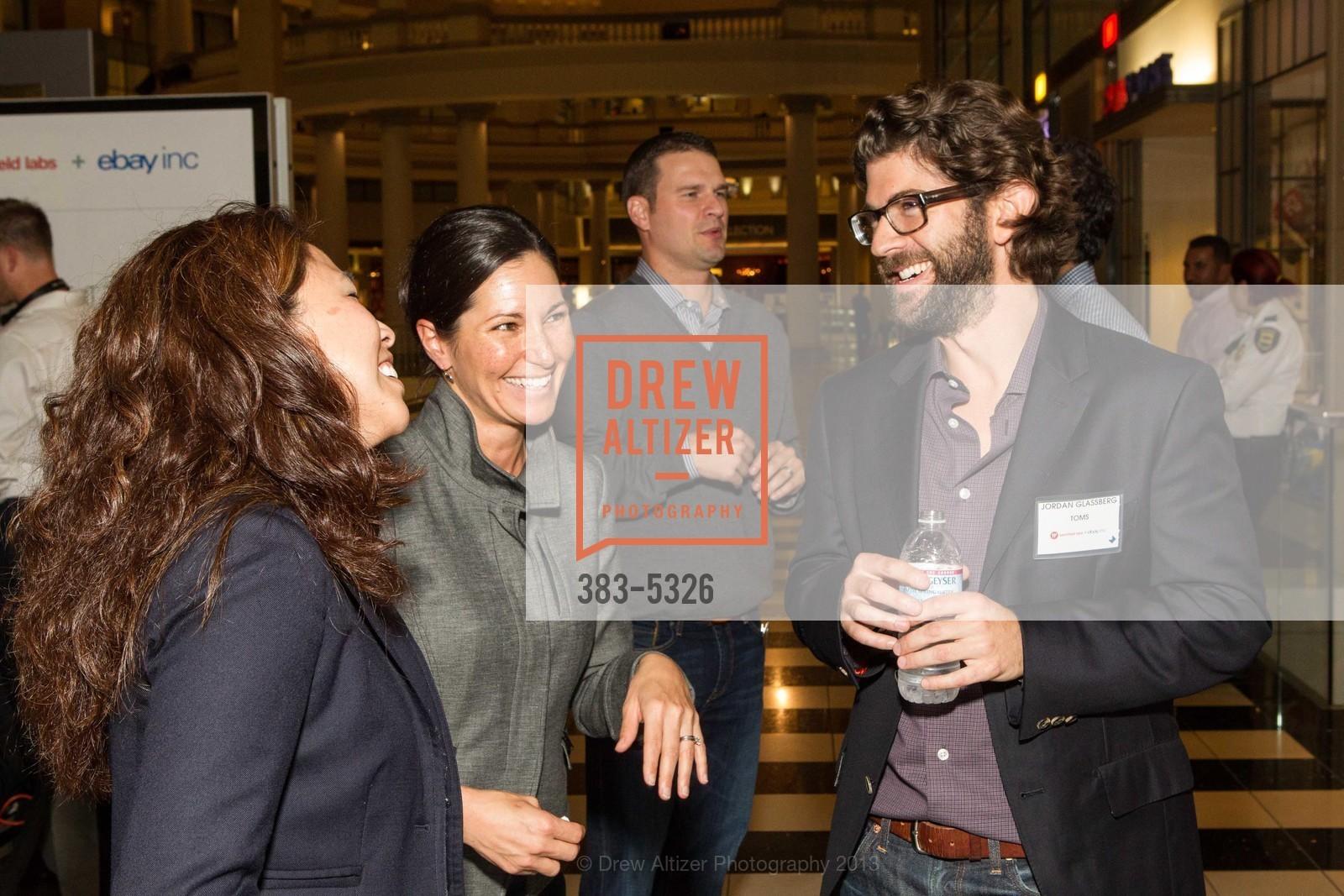 Inez Murata, Belinda O'Connell, Jordan Glassberg, Photo #383-5326