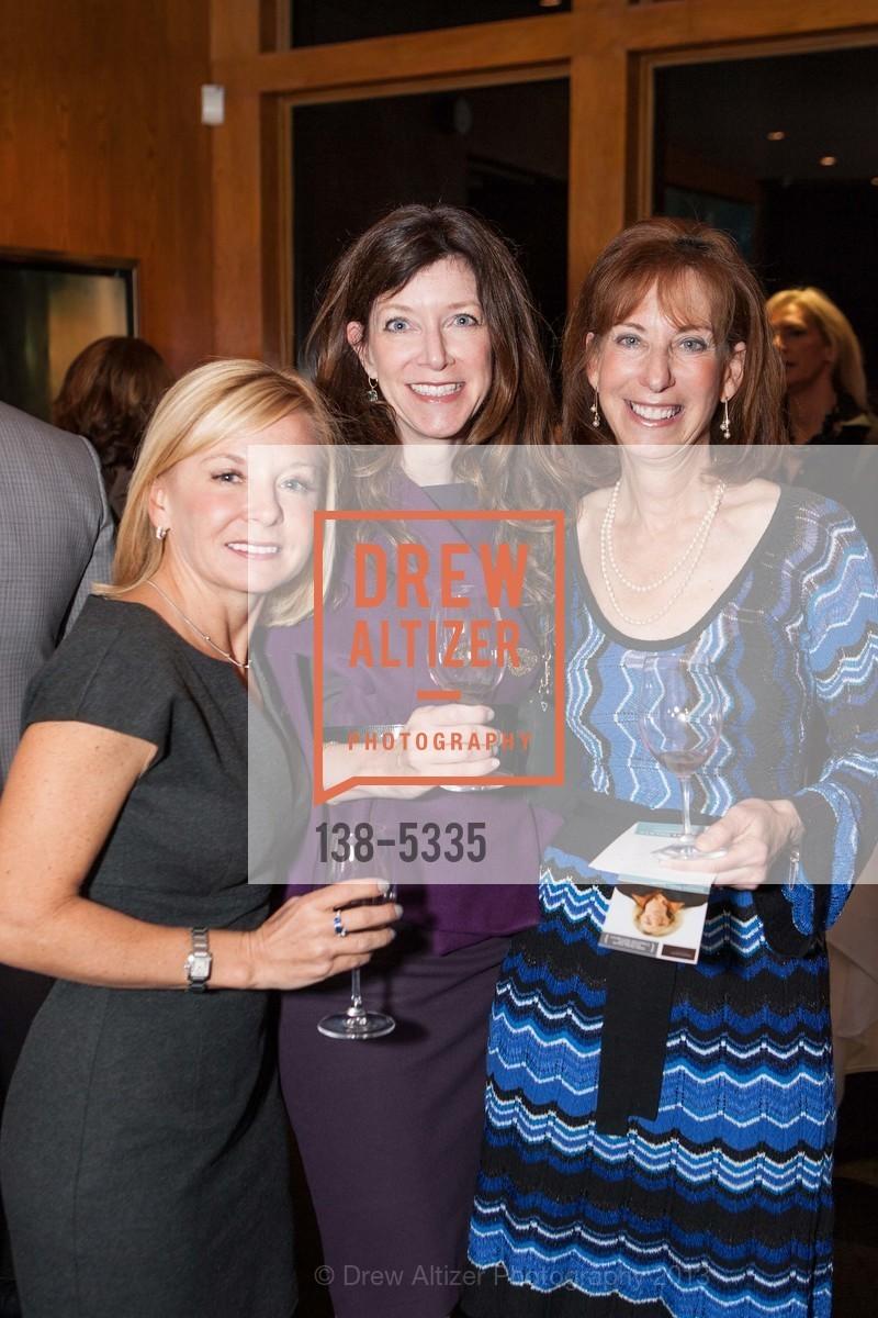 Meredith Eggers, Lisa Considine, Photo #138-5335