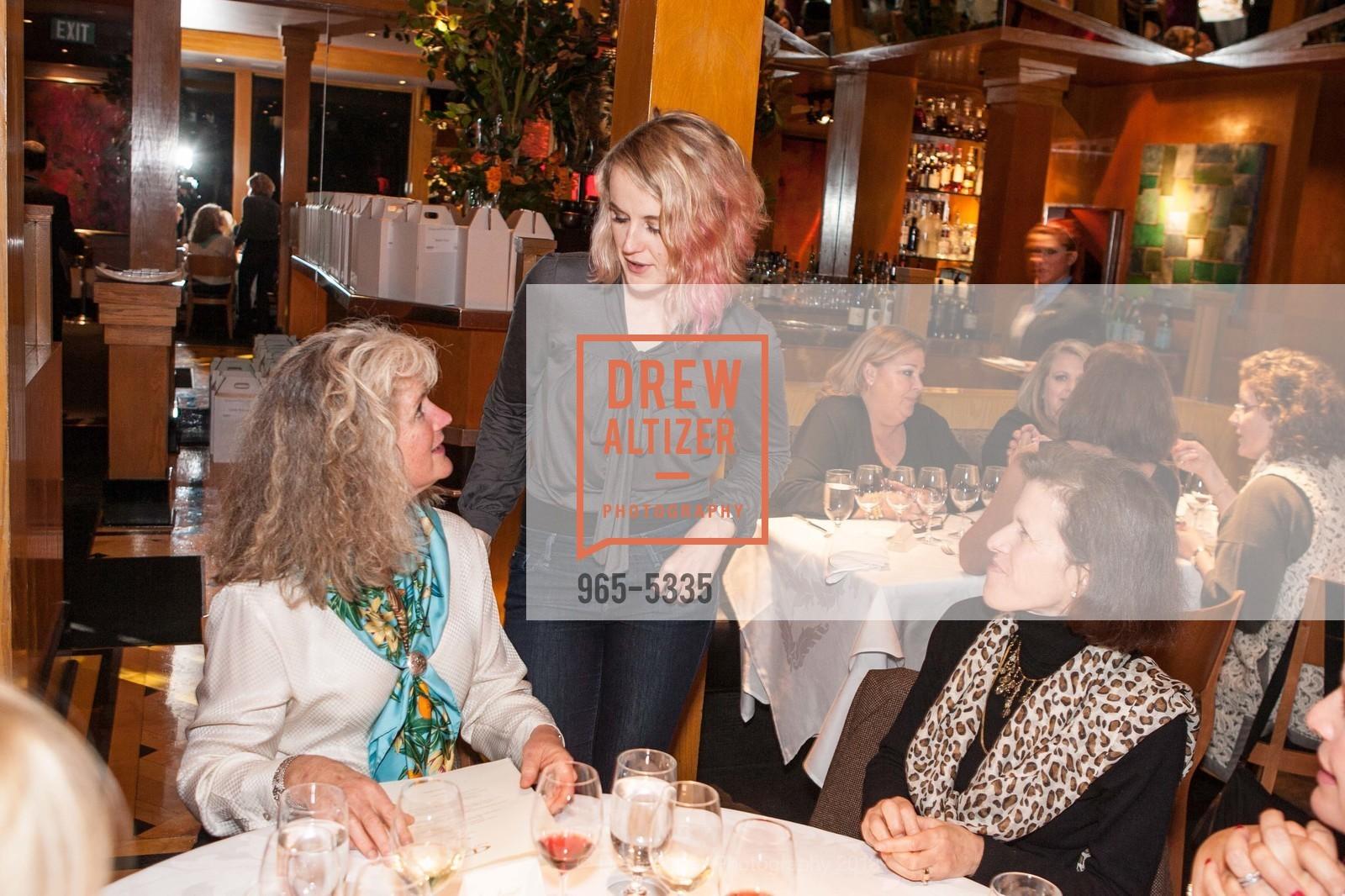 Heidi Barrett, Remi Barrett, Susan Bates, Photo #965-5335