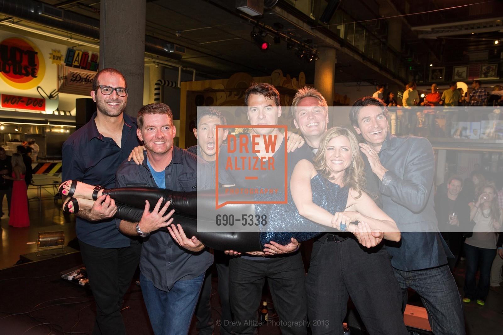 Philip Kaplan, Andy Barton, Chris Pan, Ethan Beard, Sarah Oliver, Kristian Segerstrale, Jack Dunham, Photo #690-5338