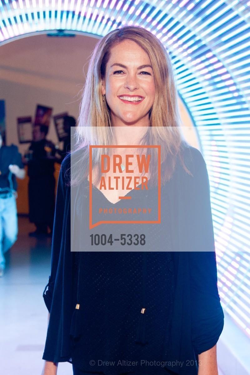 Alison Martin, Photo #1004-5338