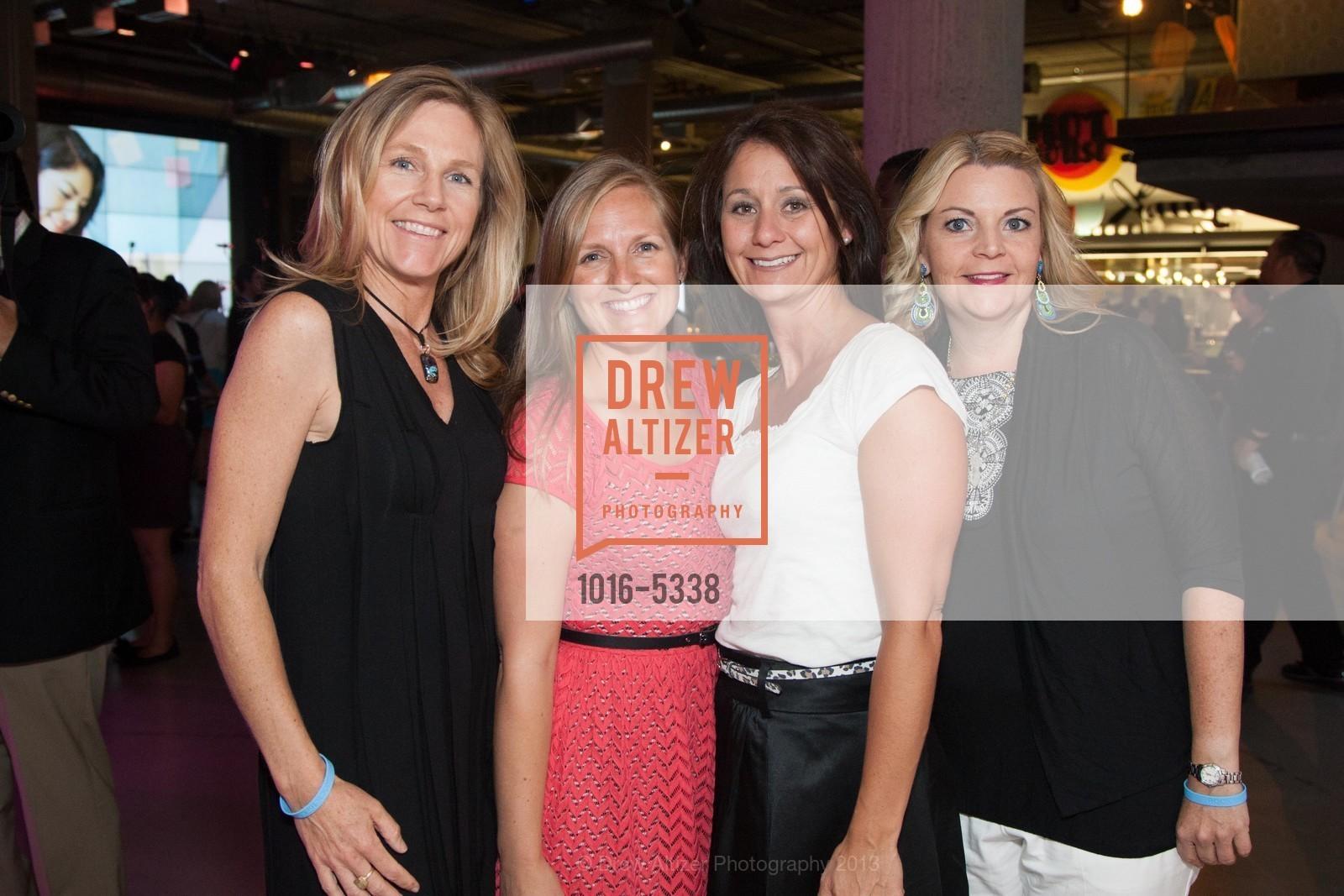Lindsey Ford, Melody Estabrook, Stacy Cooper-Dent, Tarah Evans, Photo #1016-5338