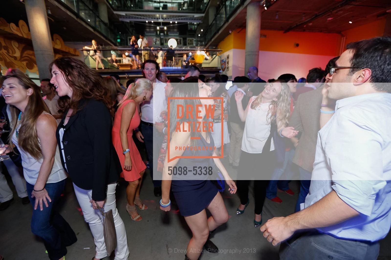 Dance Floor, Photo #5098-5338