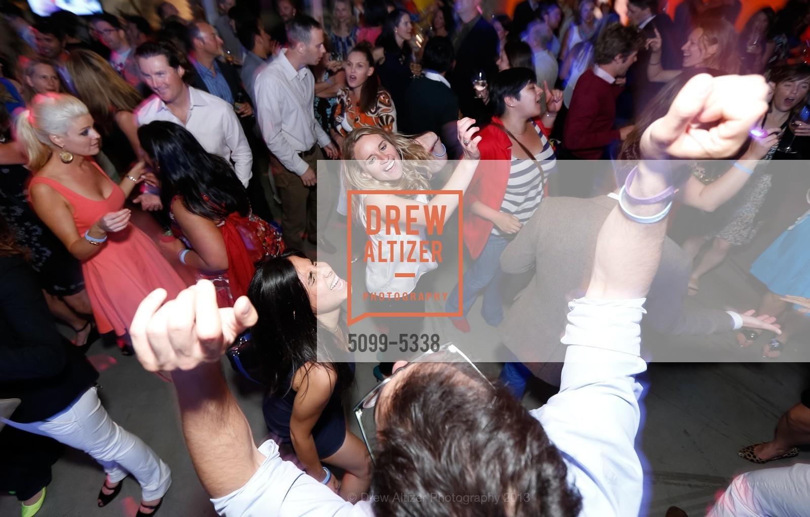 Dance Floor, Photo #5099-5338