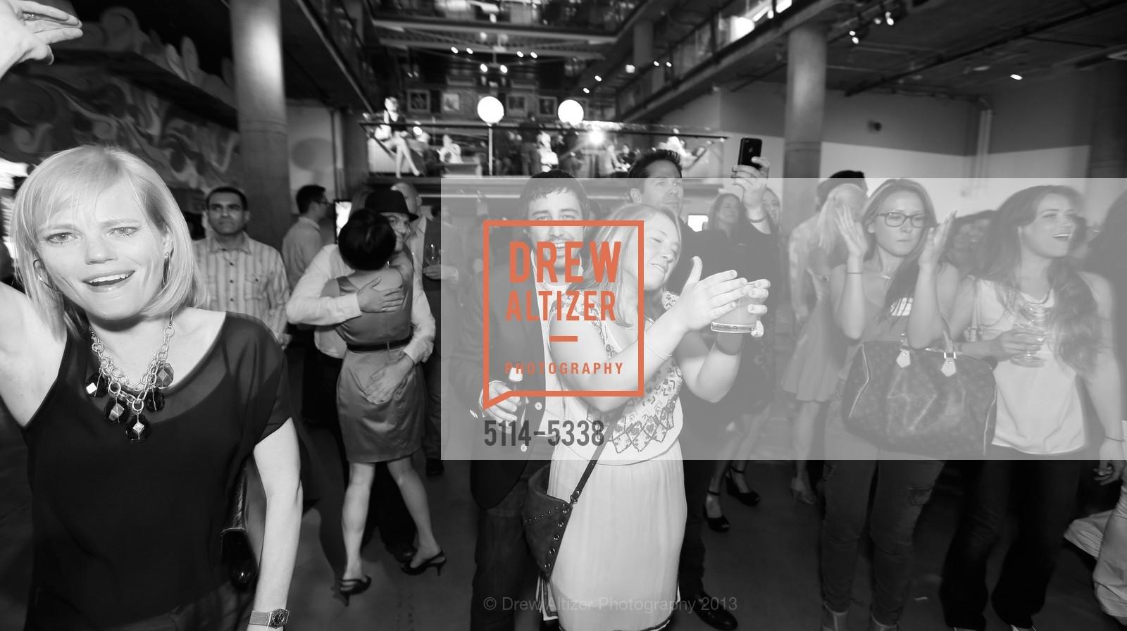 Dance Floor, Photo #5114-5338