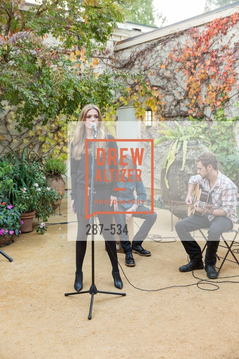 Performance By Em Rossi, Perfecting Pairings - Food, Wine and Stories, Chateau St Jean, Kenwood, November 14th, 2015,Drew Altizer, Drew Altizer Photography, full-service agency, private events, San Francisco photographer, photographer california