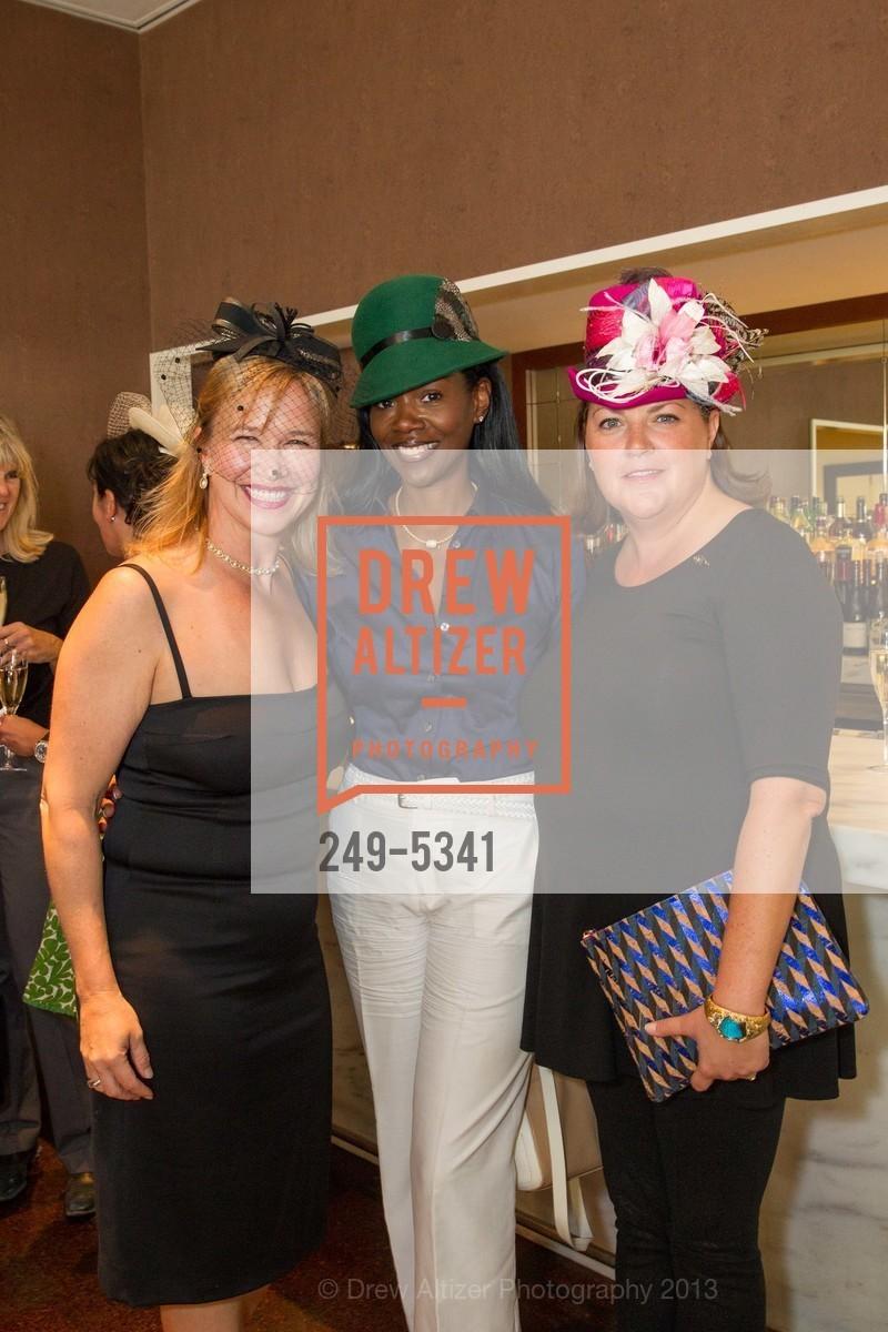 Roz McIntyre, Samantha Campbell, Photo #249-5341