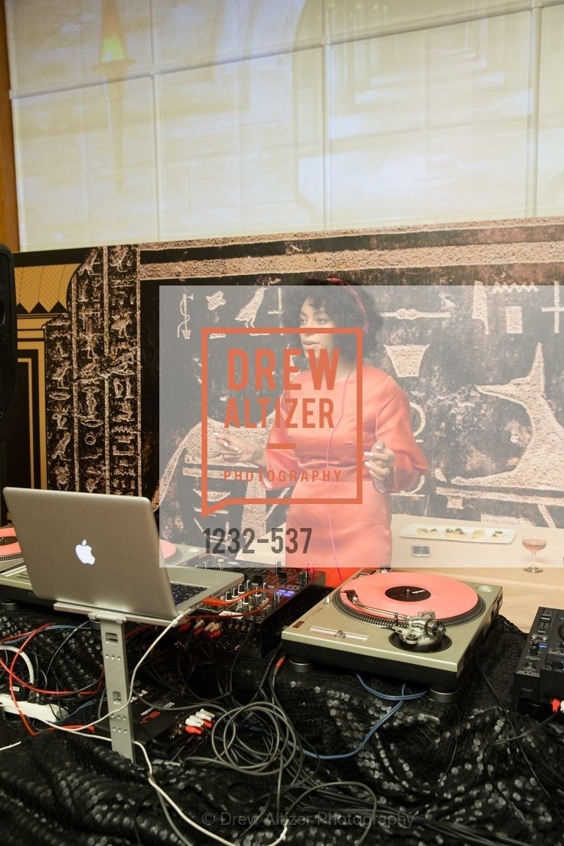 Dj, TOP OF THE MARK'S 75TH Anniversary Party, US, November 6th, 2014,Drew Altizer, Drew Altizer Photography, full-service agency, private events, San Francisco photographer, photographer california