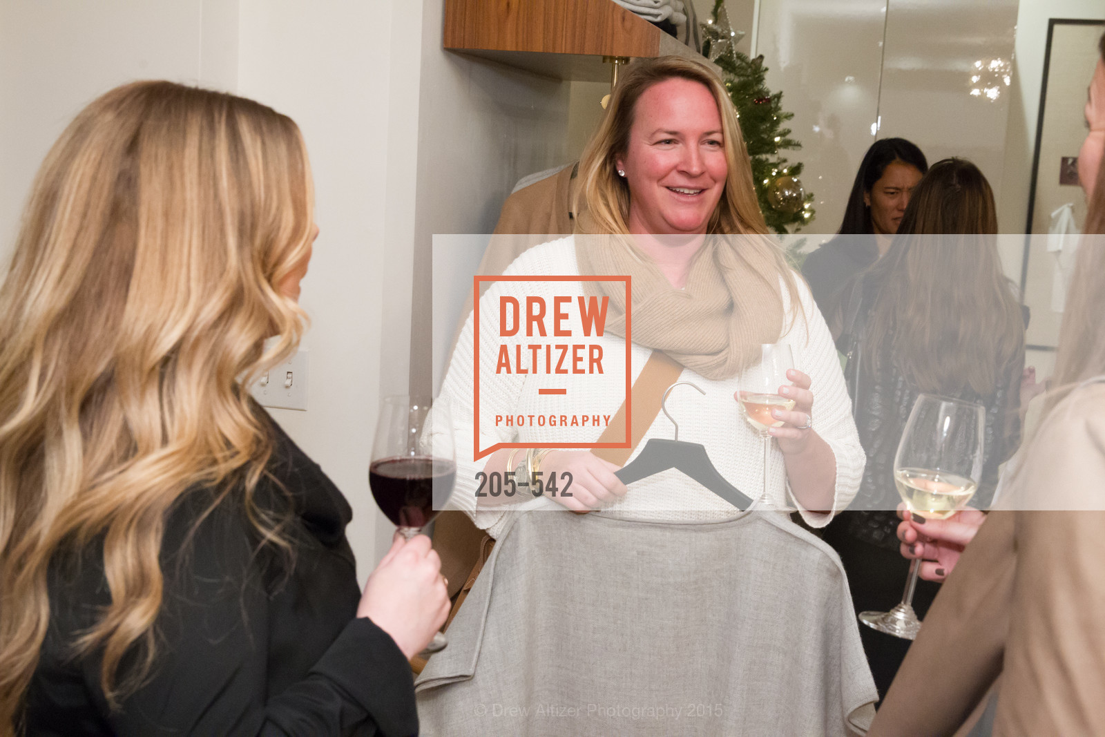 Allison Stickney, Cuyana + The McBride Sisters, Cayuna Showroom. 291 Geary Street, 2nd Floor, November 19th, 2015,Drew Altizer, Drew Altizer Photography, full-service agency, private events, San Francisco photographer, photographer california