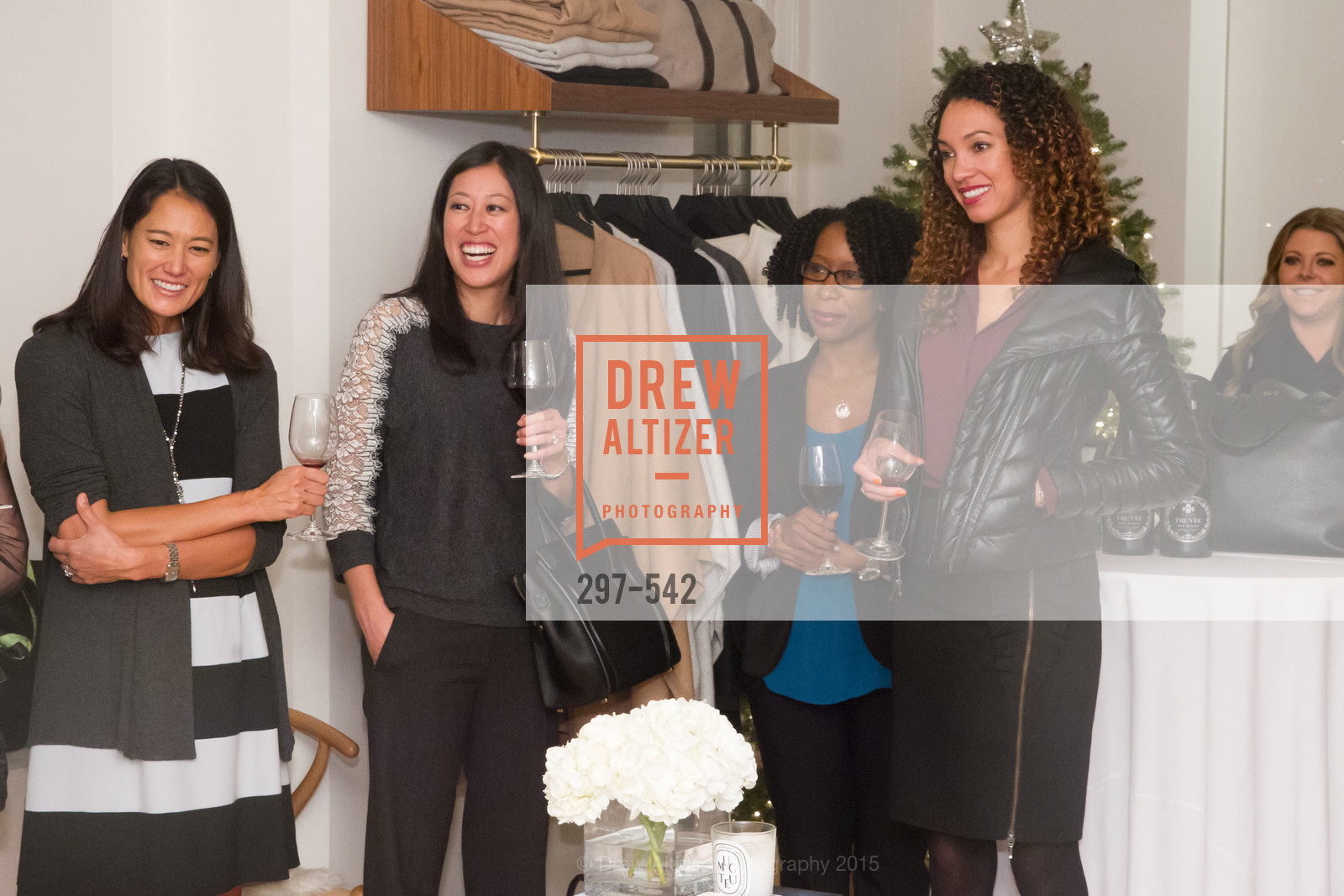 Beth Smith, Edna Wentrombli, Robyn Cameron, Gina Clayton, Cuyana + The McBride Sisters, Cayuna Showroom. 291 Geary Street, 2nd Floor, November 19th, 2015,Drew Altizer, Drew Altizer Photography, full-service agency, private events, San Francisco photographer, photographer california