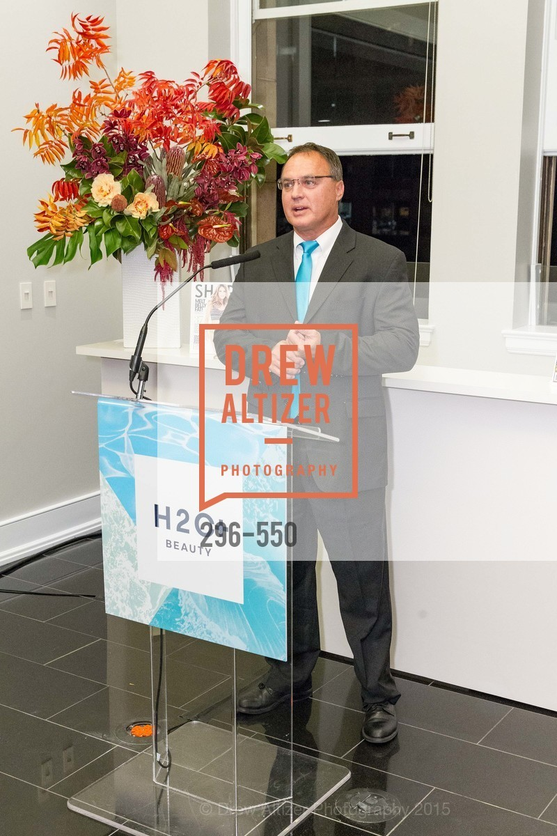 Tom McGlone, H2O+ World Headquarters Opening: A New Beauty for the Bay, 111 Sutter St. 111 Sutter Street, 22nd Floor, November 18th, 2015,Drew Altizer, Drew Altizer Photography, full-service agency, private events, San Francisco photographer, photographer california