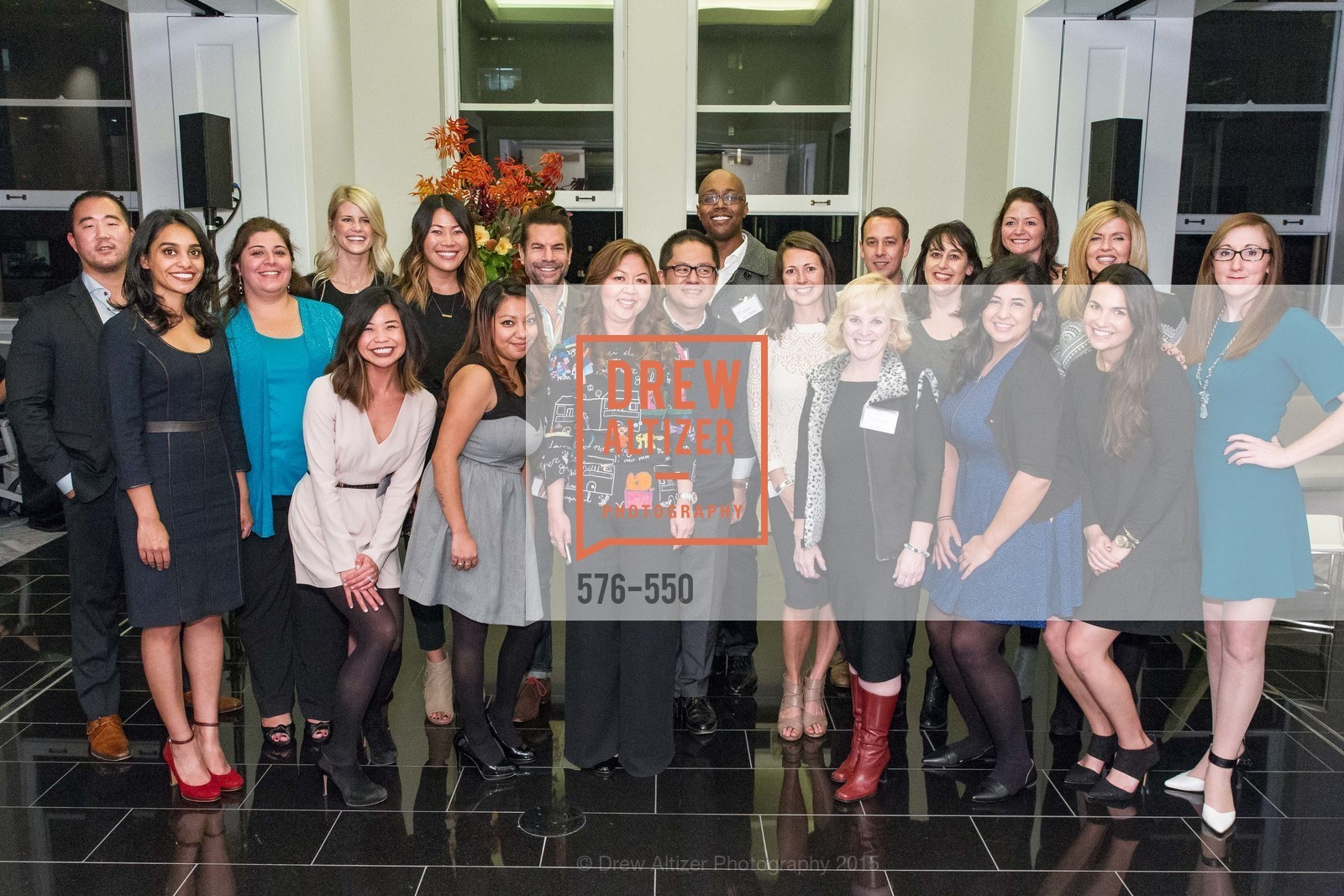 Group Photo, H2O+ World Headquarters Opening: A New Beauty for the Bay, 111 Sutter St. 111 Sutter Street, 22nd Floor, November 18th, 2015,Drew Altizer, Drew Altizer Photography, full-service agency, private events, San Francisco photographer, photographer california