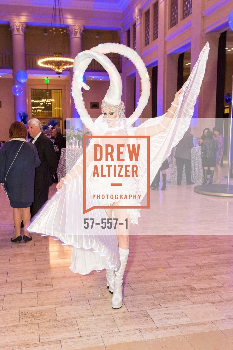Atmosphere, Cirque du Soiree 2015, The Bentley Reserve. 2525 Van Ness St, November 19th, 2015,Drew Altizer, Drew Altizer Photography, full-service agency, private events, San Francisco photographer, photographer california