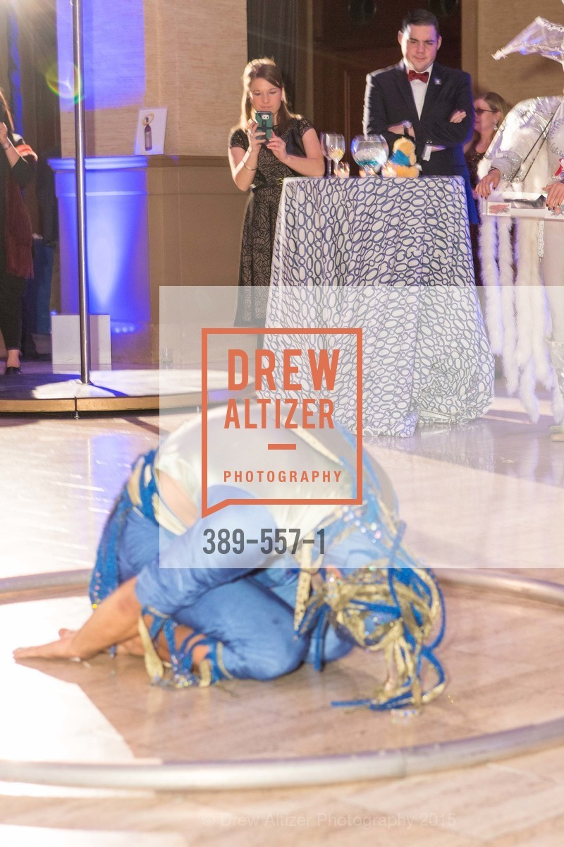Performance, Cirque du Soiree 2015, The Bentley Reserve. 2525 Van Ness St, November 19th, 2015,Drew Altizer, Drew Altizer Photography, full-service event agency, private events, San Francisco photographer, photographer California