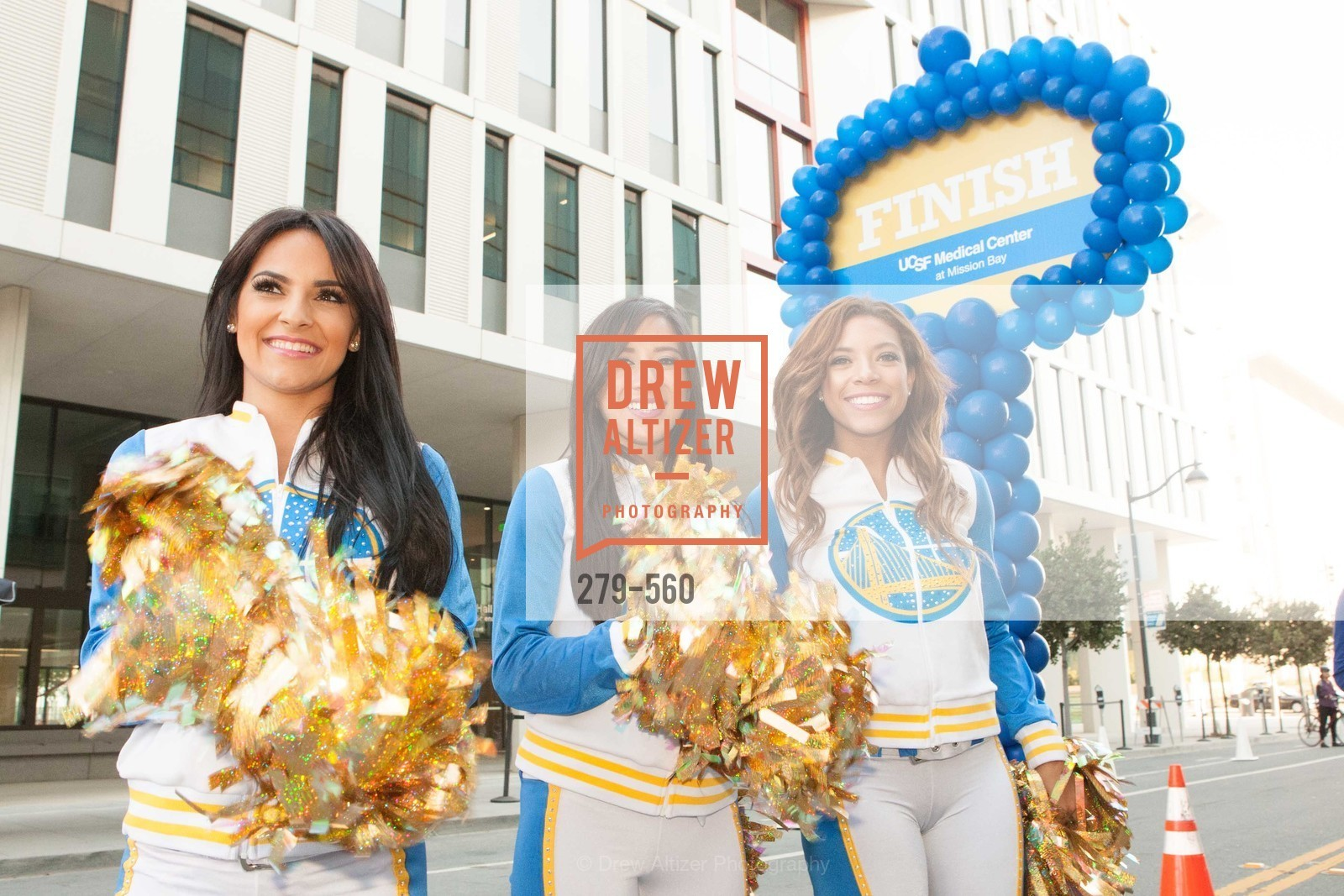 Cheerleaders, UCSF Medical Center HARD HAT WALK & LIGHTS ON FESTIVAL, US, September 6th, 2014,Drew Altizer, Drew Altizer Photography, full-service agency, private events, San Francisco photographer, photographer california