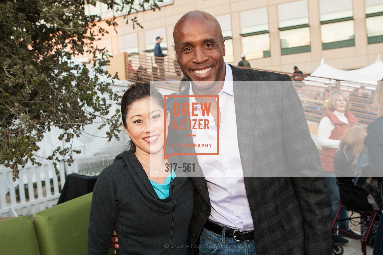 Kristi Yamaguchi, Barry Bonds, UCSF Medical Center HARD HAT WALK & LIGHTS ON FESTIVAL, US, September 6th, 2014,Drew Altizer, Drew Altizer Photography, full-service agency, private events, San Francisco photographer, photographer california