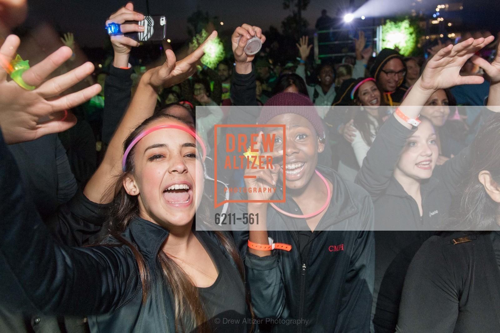 140906-UCSFHardHat-j151-Renumbered-CD, UCSF Medical Center HARD HAT WALK & LIGHTS ON FESTIVAL, September 6th, 2014, Photo,Drew Altizer, Drew Altizer Photography, full-service agency, private events, San Francisco photographer, photographer california