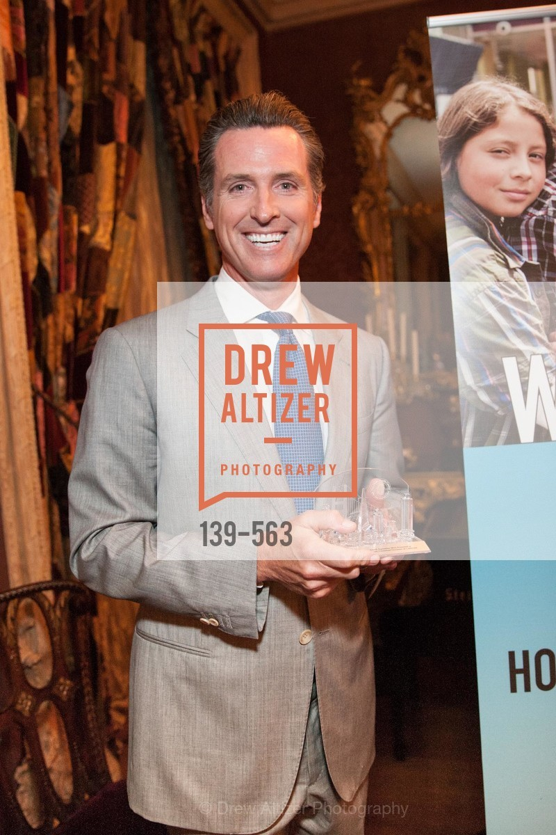 Honorable Gavin Newsom, HAMILTON FAMILY CENTER Top Donor Cocktail Reception, US, September 10th, 2014