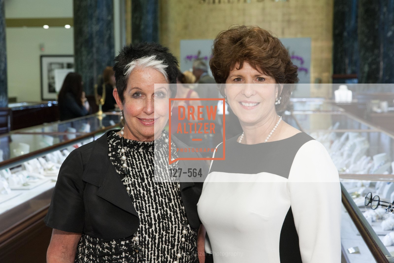 Karen Kubin, Juanita Kizor, SHREVE & CO. Hosts AMERICAN CANCER SOCIETY BENEFIT, US, September 10th, 2014,Drew Altizer, Drew Altizer Photography, full-service agency, private events, San Francisco photographer, photographer california
