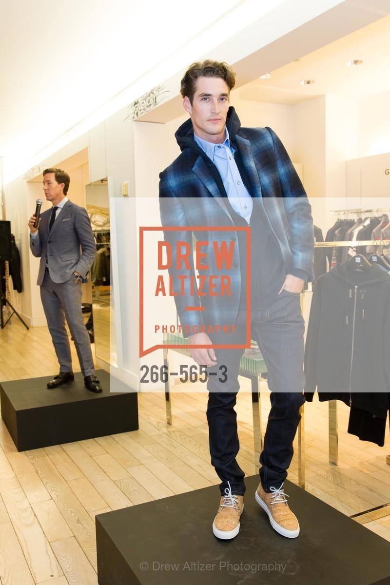 Fashion Show, Photo #266-565-3