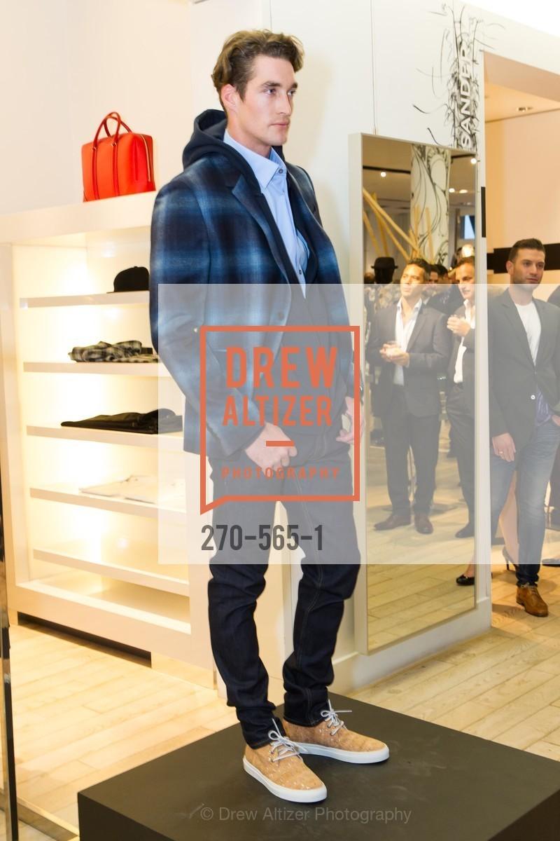 Fashion Show, Photo #270-565-1