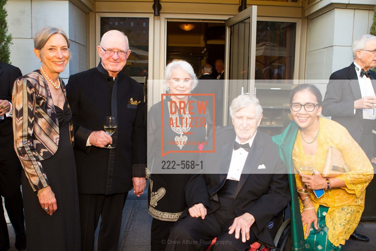Suzanne Siskel, Paul Slawson, Mary Slawson, Hayden Williams, Sandra Hamid, SOTHEBY'S  Hosts a Private Viewing of Highlights from the Collection of MRS. PAUL MELLON, US, September 17th, 2014,Drew Altizer, Drew Altizer Photography, full-service agency, private events, San Francisco photographer, photographer california