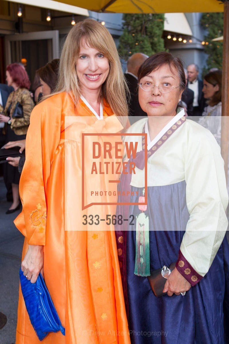 Melissa Millsaps, Maria Kahng, SOTHEBY'S  Hosts a Private Viewing of Highlights from the Collection of MRS. PAUL MELLON, US, September 17th, 2014,Drew Altizer, Drew Altizer Photography, full-service event agency, private events, San Francisco photographer, photographer California