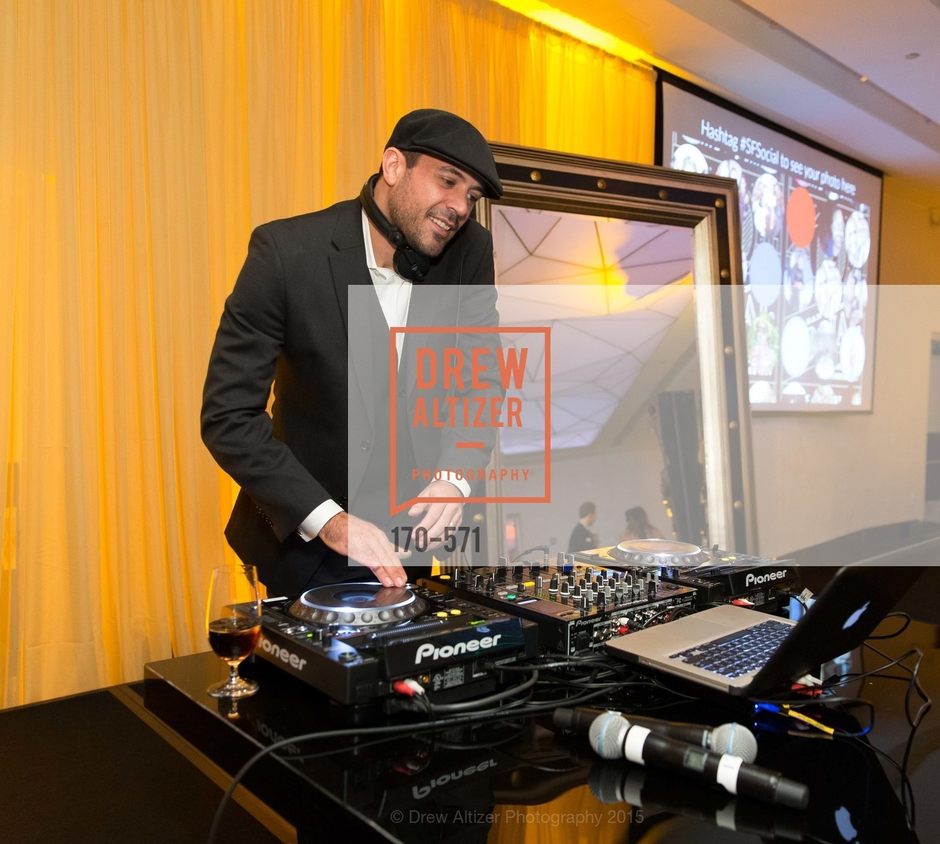 DJ David Carvalho, The 10th Annual San Francisco Social, W Hotel. 181 3rd St, November 21st, 2015,Drew Altizer, Drew Altizer Photography, full-service agency, private events, San Francisco photographer, photographer california