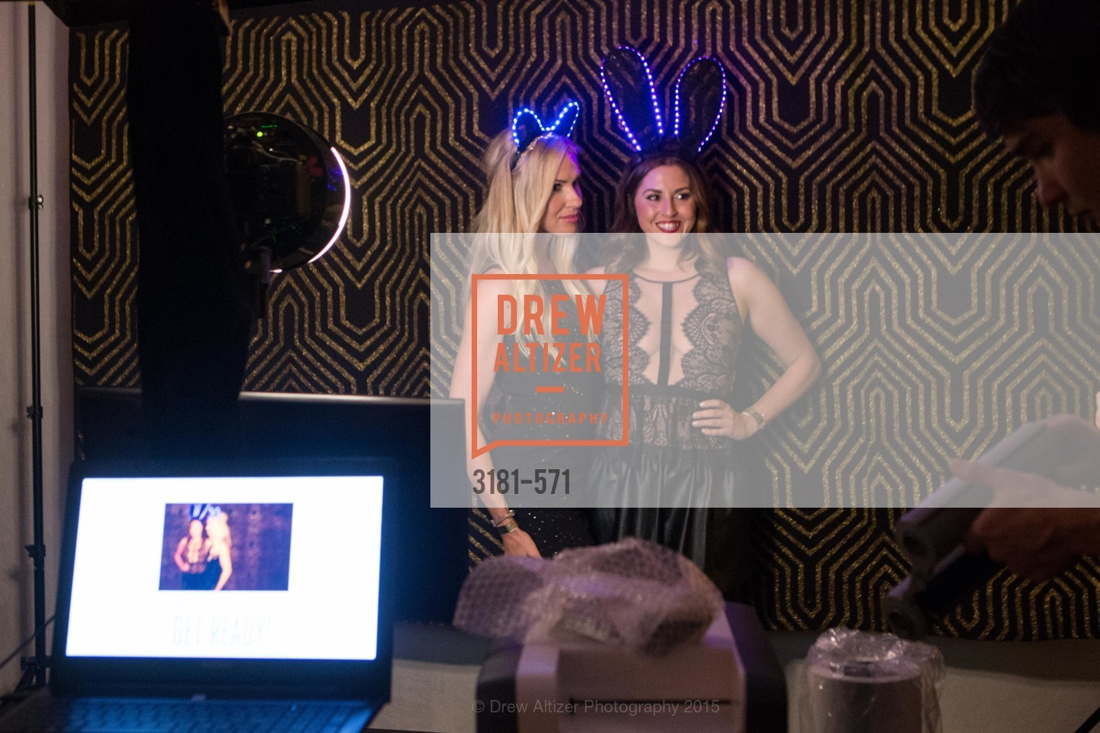 Erin Finnegan, Sarah Barnard, The 10th Annual San Francisco Social, W Hotel. 181 3rd St, November 21st, 2015,Drew Altizer, Drew Altizer Photography, full-service agency, private events, San Francisco photographer, photographer california