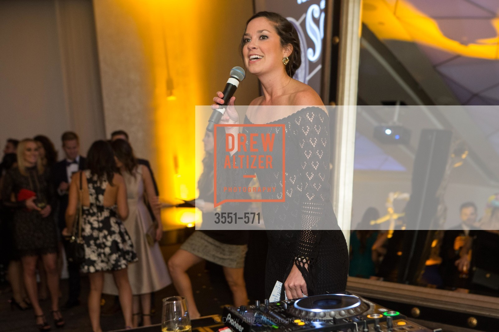 Hannah Schmunk, The 10th Annual San Francisco Social, W Hotel. 181 3rd St, November 21st, 2015,Drew Altizer, Drew Altizer Photography, full-service agency, private events, San Francisco photographer, photographer california