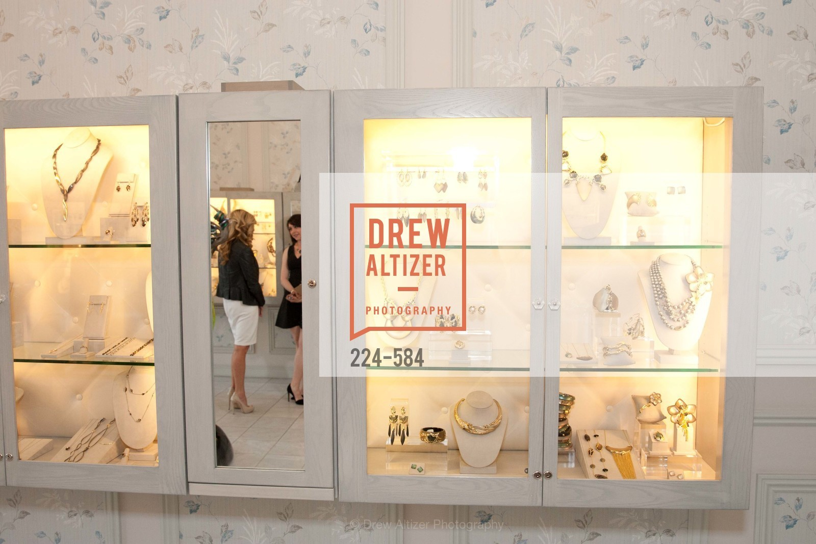 Atmosphere, 141001-AlexisBittar-correct, US, October 1st, 2014,Drew Altizer, Drew Altizer Photography, full-service agency, private events, San Francisco photographer, photographer california