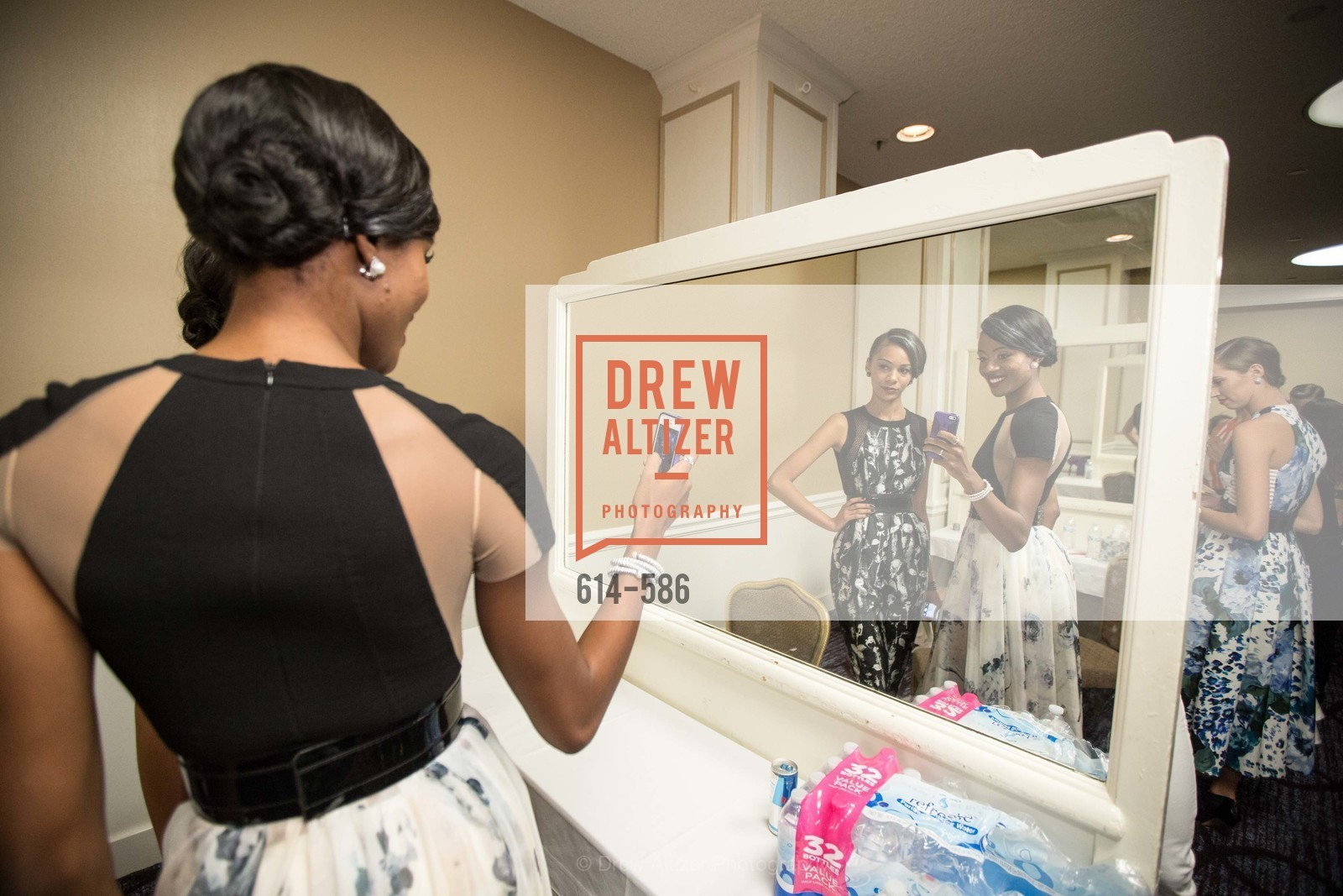 Backstage, 2014 Bay Area ARTHRITIS AUXILLIARY Benefit & Fashion Show, US, October 2nd, 2014,Drew Altizer, Drew Altizer Photography, full-service event agency, private events, San Francisco photographer, photographer California
