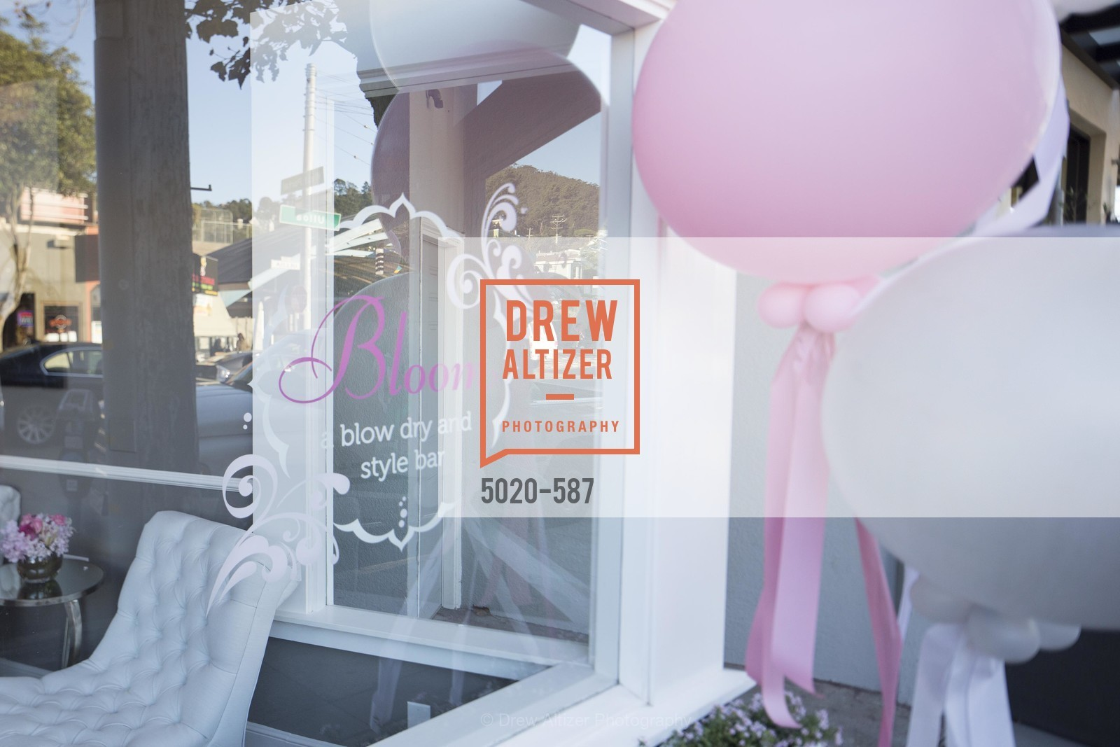 Atmosphere, BLOOM BLOW DRY BAR Grand Opening Party, US, October 1st, 2014,Drew Altizer, Drew Altizer Photography, full-service agency, private events, San Francisco photographer, photographer california