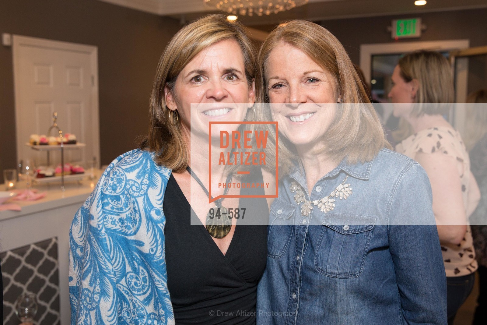 Susan Case, Deborah Naughton, BLOOM BLOW DRY BAR Grand Opening Party, US, October 2nd, 2014,Drew Altizer, Drew Altizer Photography, full-service agency, private events, San Francisco photographer, photographer california