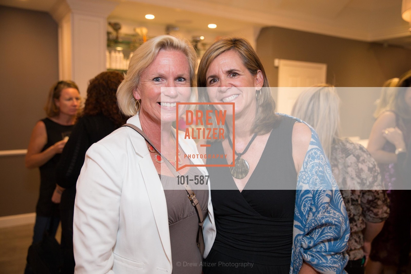 Mary Casey, Susan Case, BLOOM BLOW DRY BAR Grand Opening Party, US, October 2nd, 2014,Drew Altizer, Drew Altizer Photography, full-service event agency, private events, San Francisco photographer, photographer California