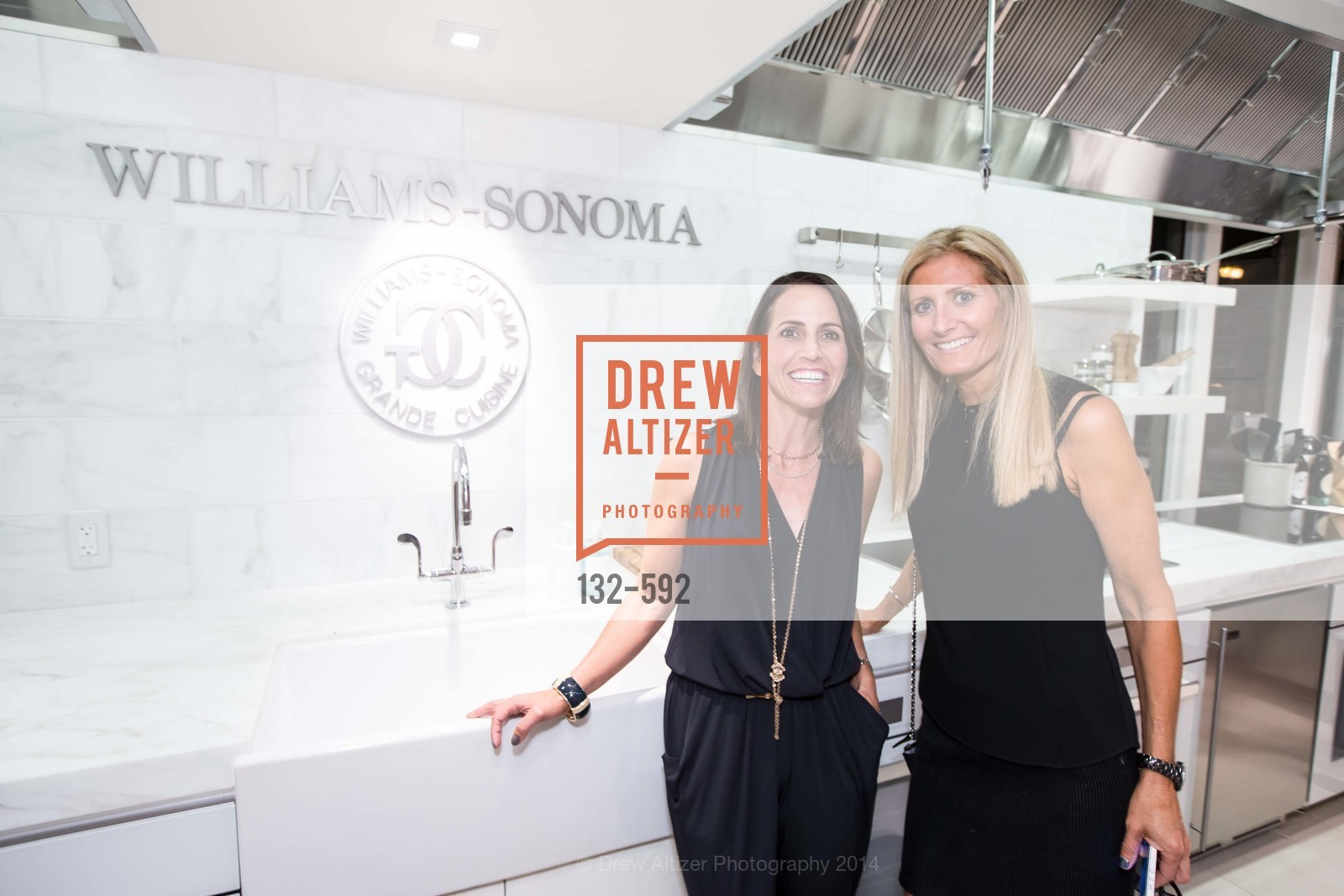 Lisa Dierking, Carol Sebastiani, WILLIAMS-SONOMA Cochon BBQ Celebration, US, October 3rd, 2014,Drew Altizer, Drew Altizer Photography, full-service agency, private events, San Francisco photographer, photographer california