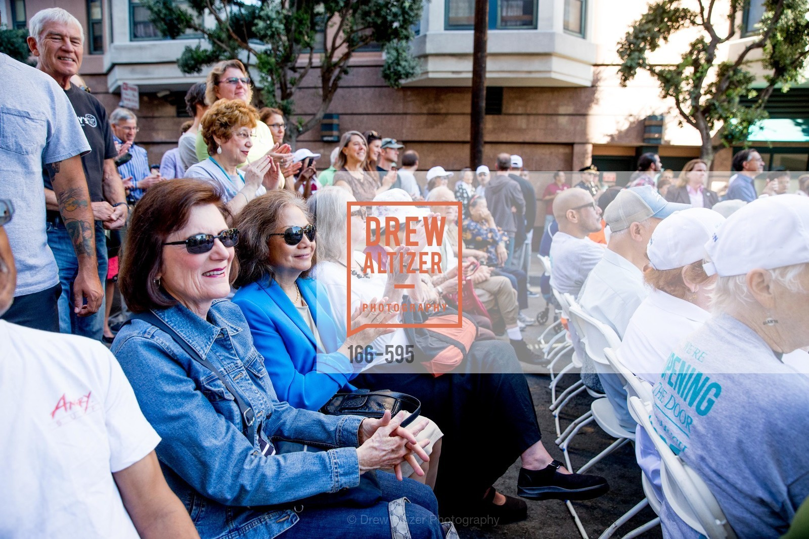 Atmosphere, ST. ANTHONY'S Dining Room Ribbon Cutting Ceremony, US, October 5th, 2014,Drew Altizer, Drew Altizer Photography, full-service agency, private events, San Francisco photographer, photographer california