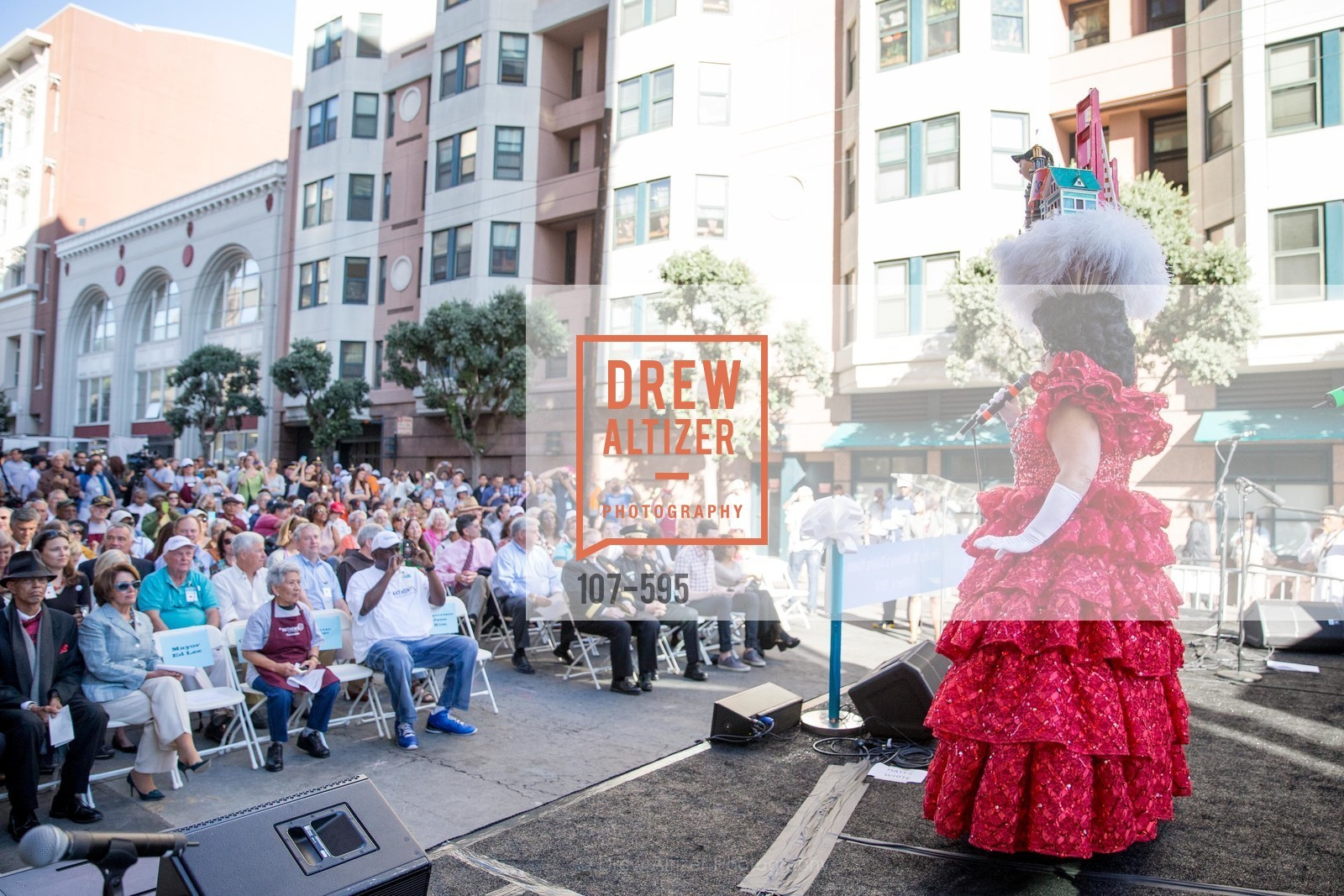 Beach Blanket Babylon, ST. ANTHONY'S Dining Room Ribbon Cutting Ceremony, US, October 5th, 2014,Drew Altizer, Drew Altizer Photography, full-service event agency, private events, San Francisco photographer, photographer California