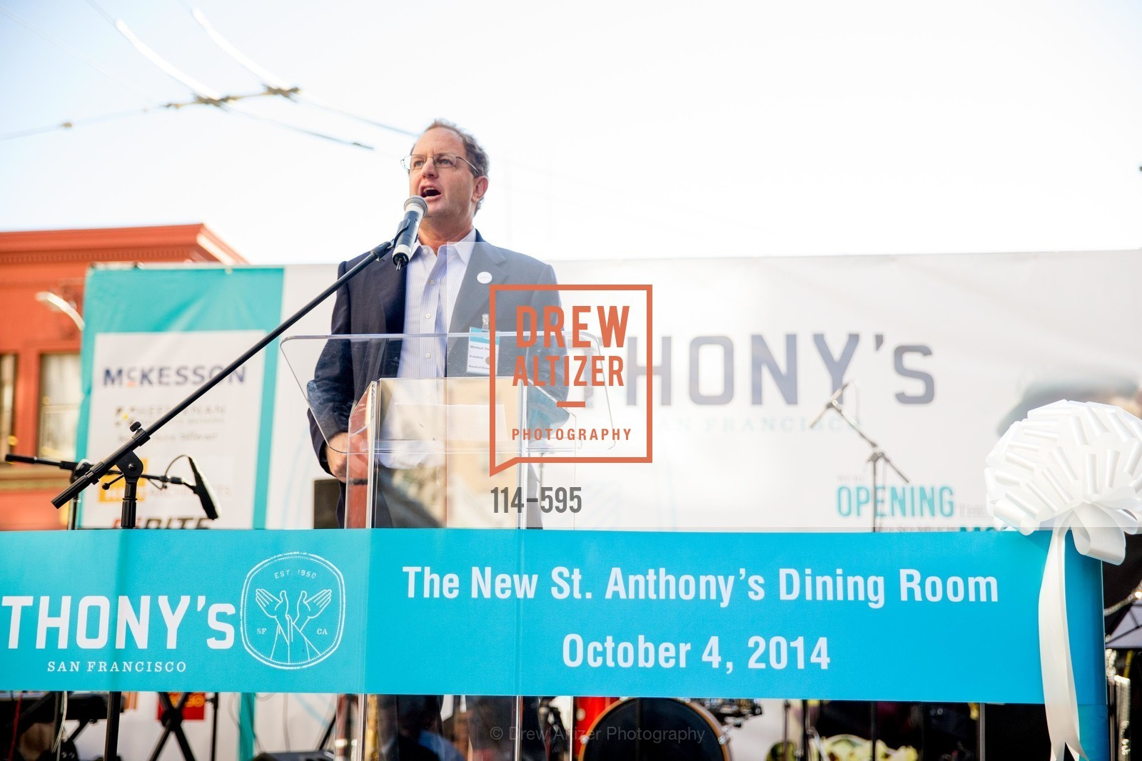 Michael Parish, ST. ANTHONY'S Dining Room Ribbon Cutting Ceremony, US, October 5th, 2014,Drew Altizer, Drew Altizer Photography, full-service event agency, private events, San Francisco photographer, photographer California