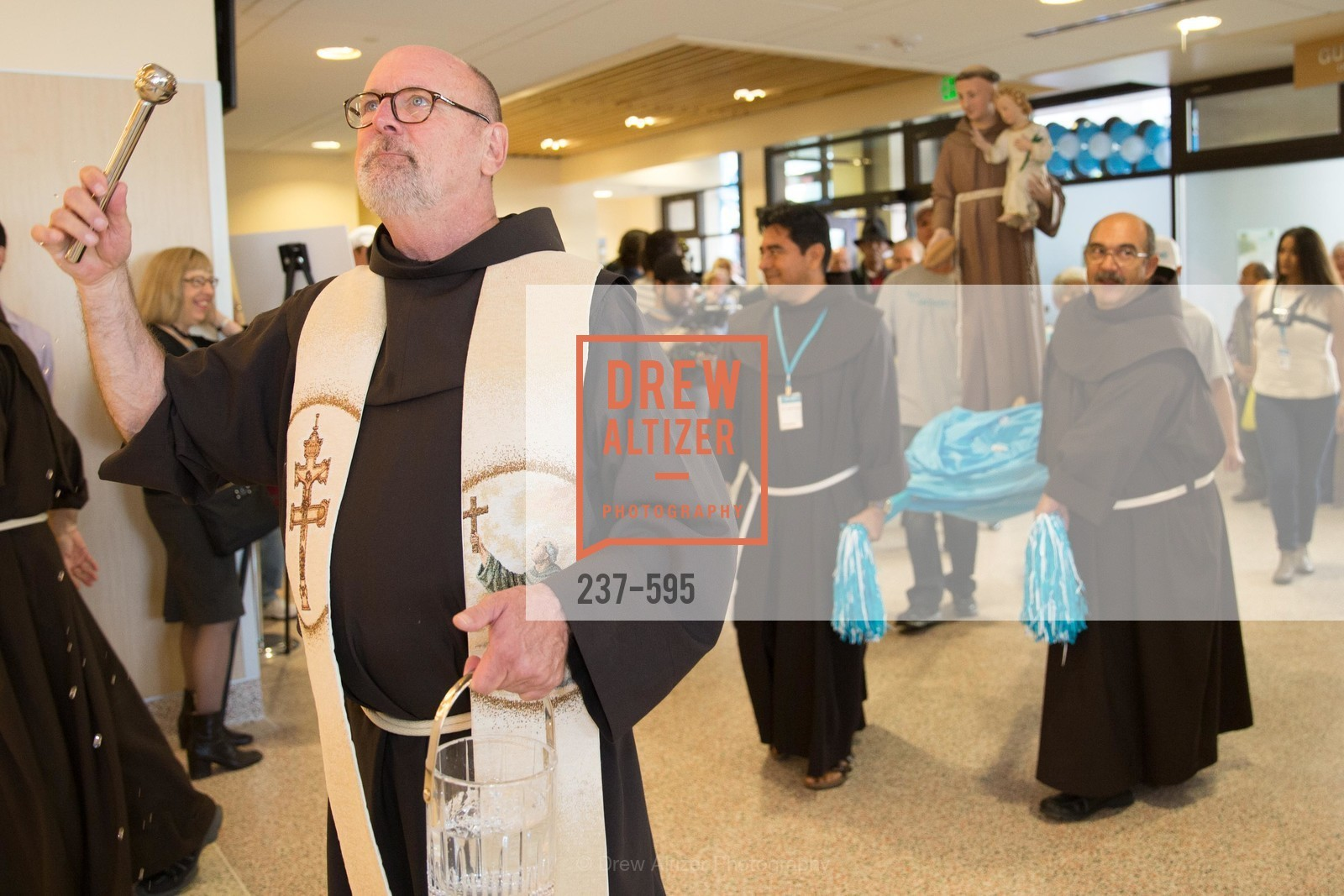 Father John Hardin, ST. ANTHONY'S Dining Room Ribbon Cutting Ceremony, US, October 4th, 2014,Drew Altizer, Drew Altizer Photography, full-service agency, private events, San Francisco photographer, photographer california