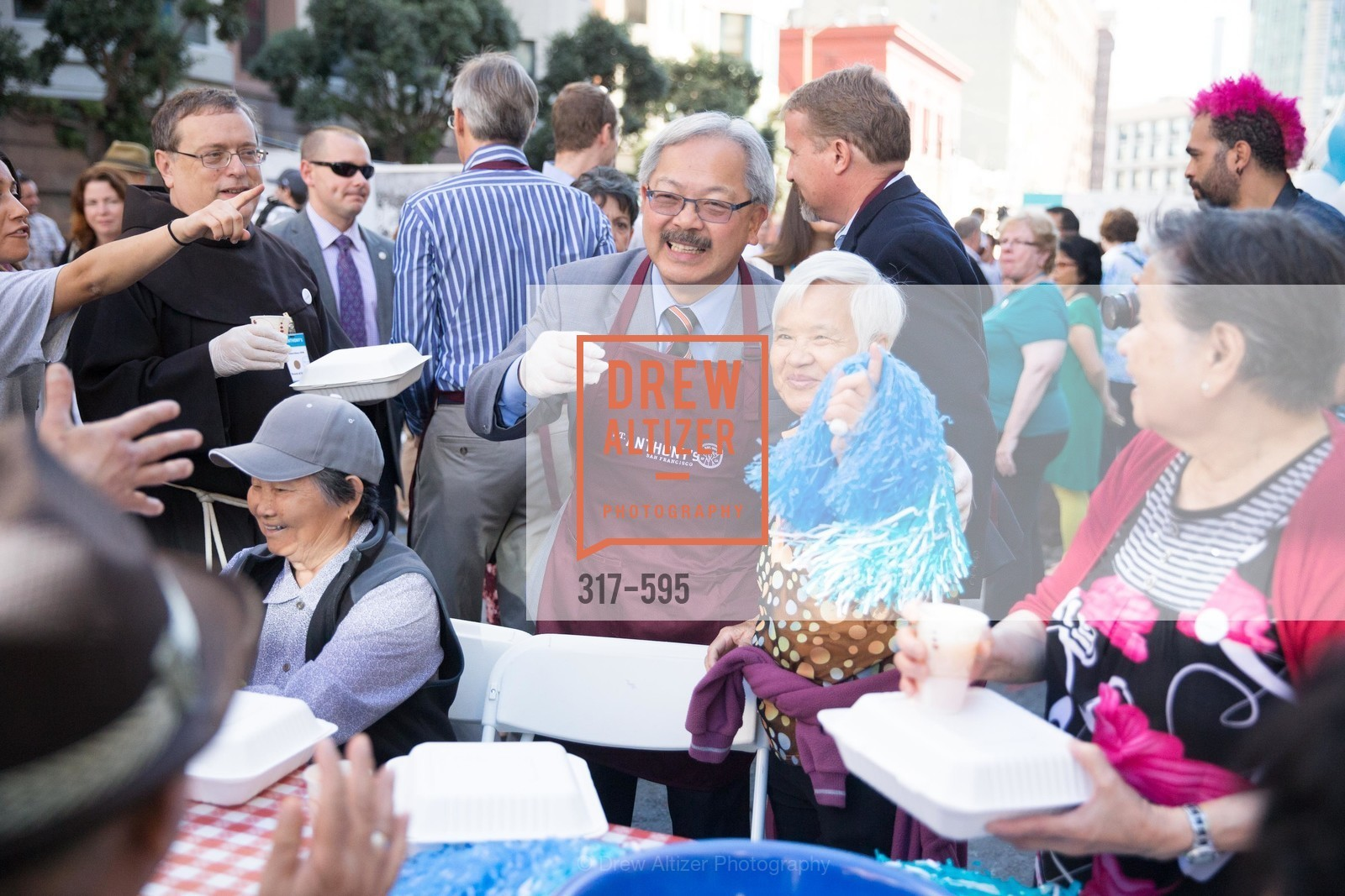Ed Lee, ST. ANTHONY'S Dining Room Ribbon Cutting Ceremony, US, October 4th, 2014,Drew Altizer, Drew Altizer Photography, full-service agency, private events, San Francisco photographer, photographer california