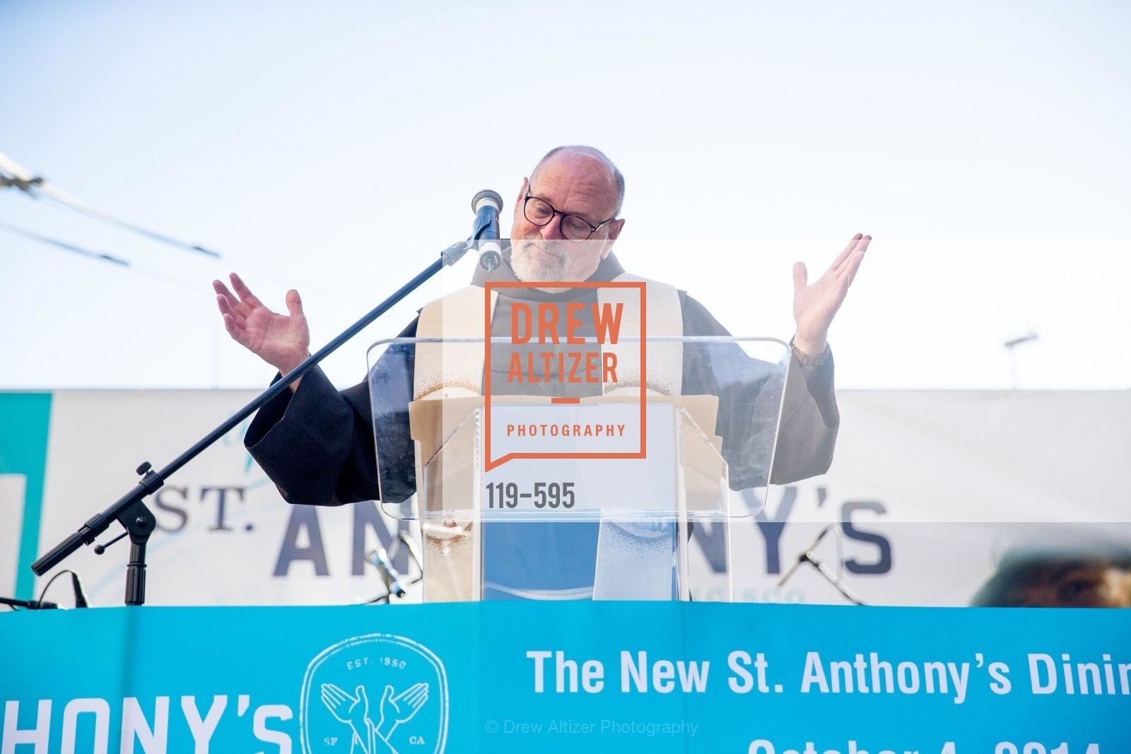 Father John Hardin, ST. ANTHONY'S Dining Room Ribbon Cutting Ceremony, US, October 5th, 2014,Drew Altizer, Drew Altizer Photography, full-service agency, private events, San Francisco photographer, photographer california