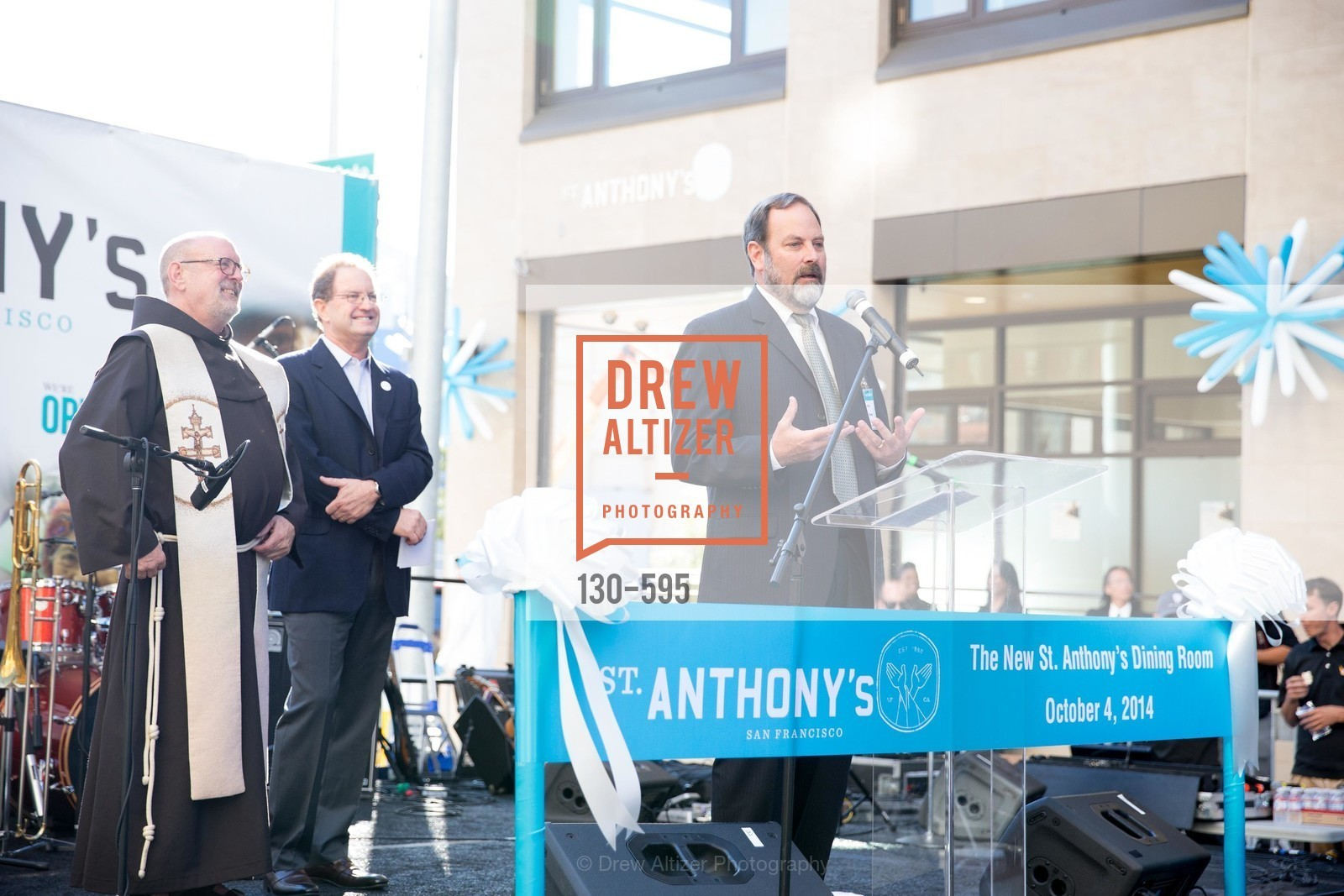 Barry Stenger, ST. ANTHONY'S Dining Room Ribbon Cutting Ceremony, US, October 4th, 2014,Drew Altizer, Drew Altizer Photography, full-service agency, private events, San Francisco photographer, photographer california