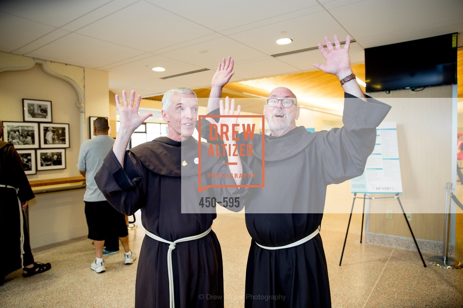 Father Dan Lackie, Father John Hardin, ST. ANTHONY'S Dining Room Ribbon Cutting Ceremony, US, October 4th, 2014,Drew Altizer, Drew Altizer Photography, full-service agency, private events, San Francisco photographer, photographer california