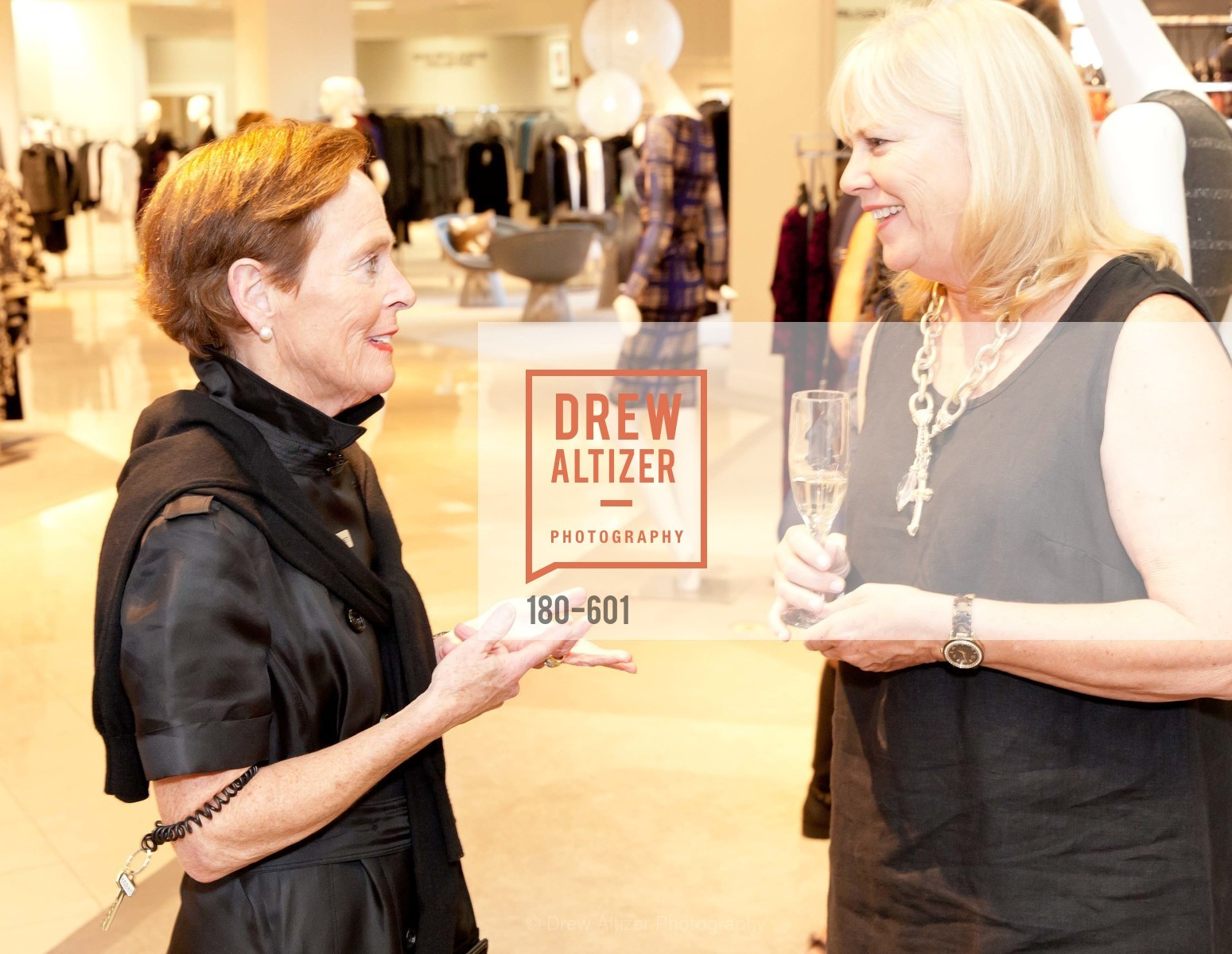 Top Picks, SAKS FIFTH AVENUE and HARPER'S BAZAAR Host the San Francisco Yacht Club, October 9th, 2014, Photo,Drew Altizer, Drew Altizer Photography, full-service agency, private events, San Francisco photographer, photographer california